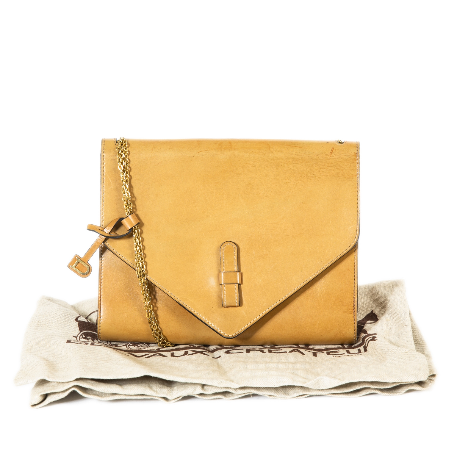 Delvaux Cognac Leather Chain Shoulder Bag now for sale at labellov vintage fashion webshop belgium
