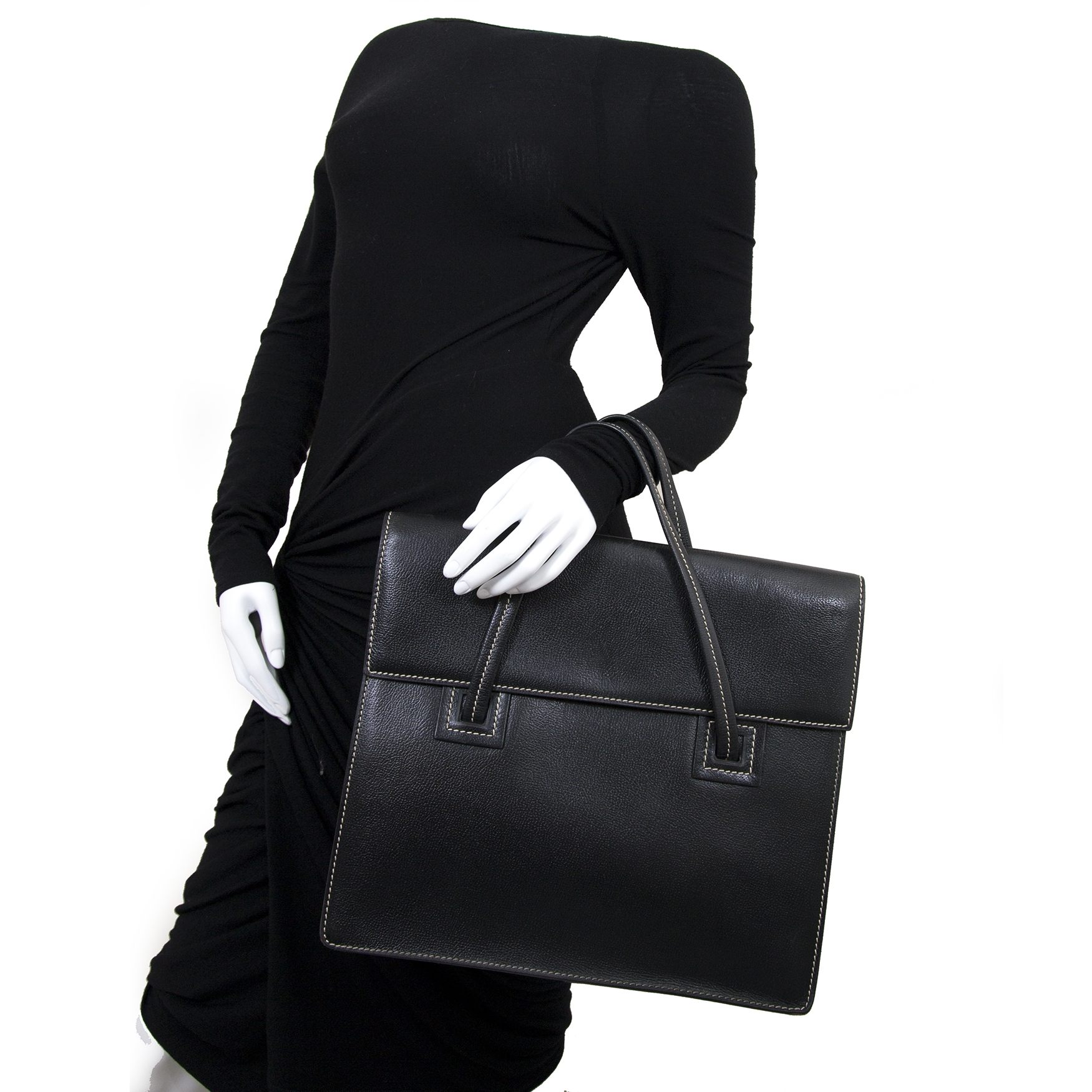 delvaux black leather santal gm bag now for sale at labellov vintage fashion webshop belgium