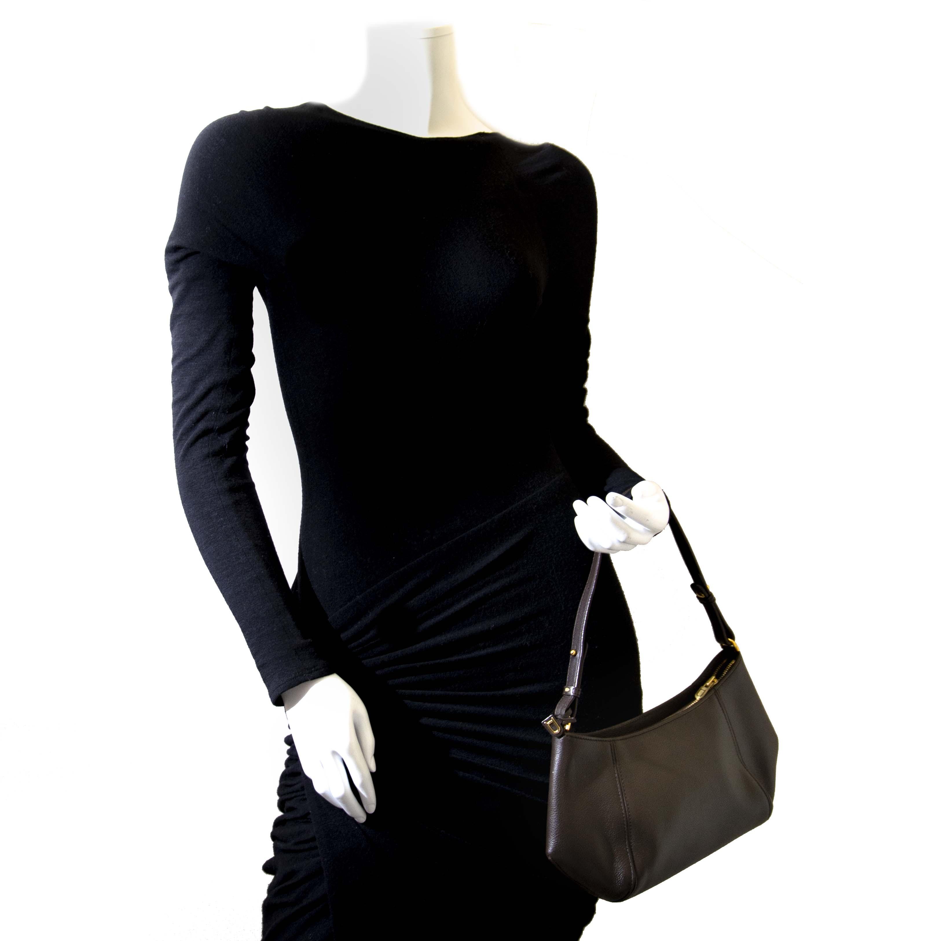 Koop een tweedehands tas van Delvaux aan de juiste prijs bij LabelLOV.