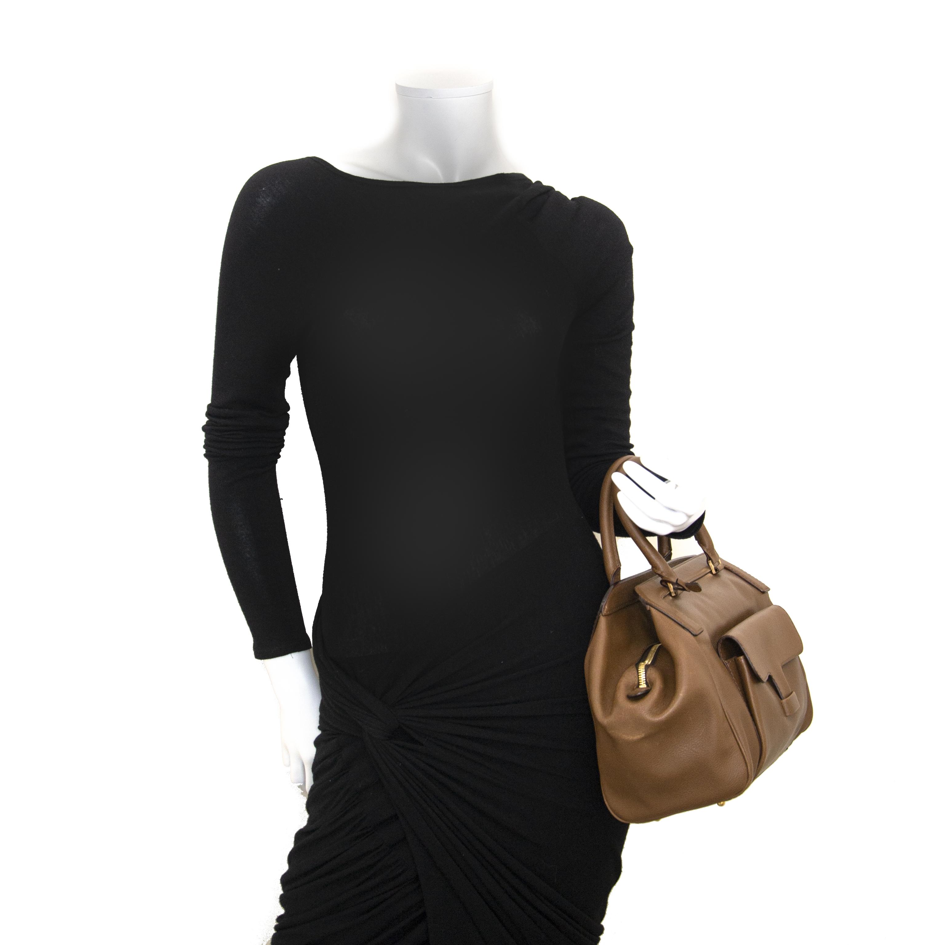 Delvaux Taupe Leather Doctor Bag te koop in Antwerpen bij Labellov tweedehands luxe