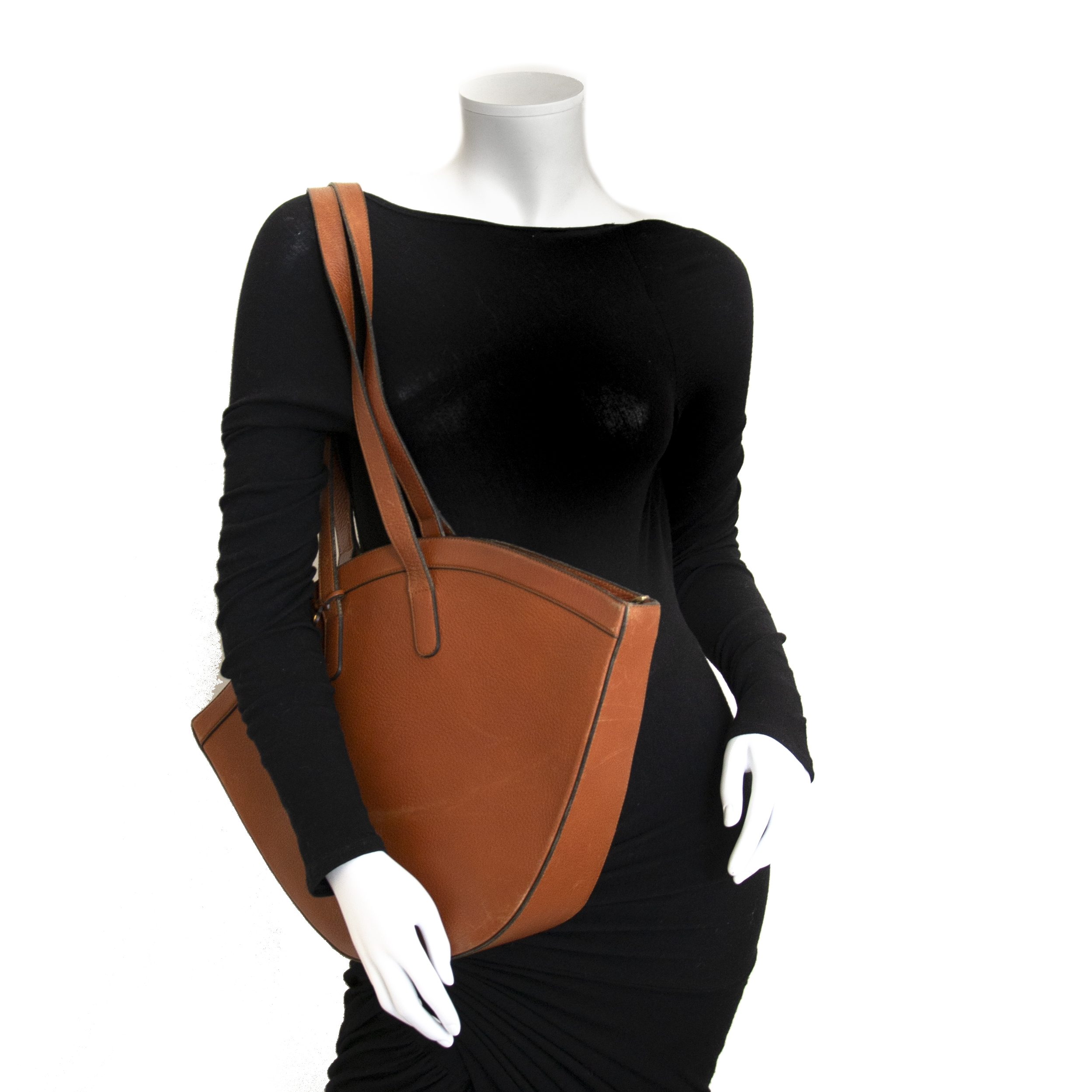 shop safe and secure online at labellov.com Delvaux Cognac Tote Bag