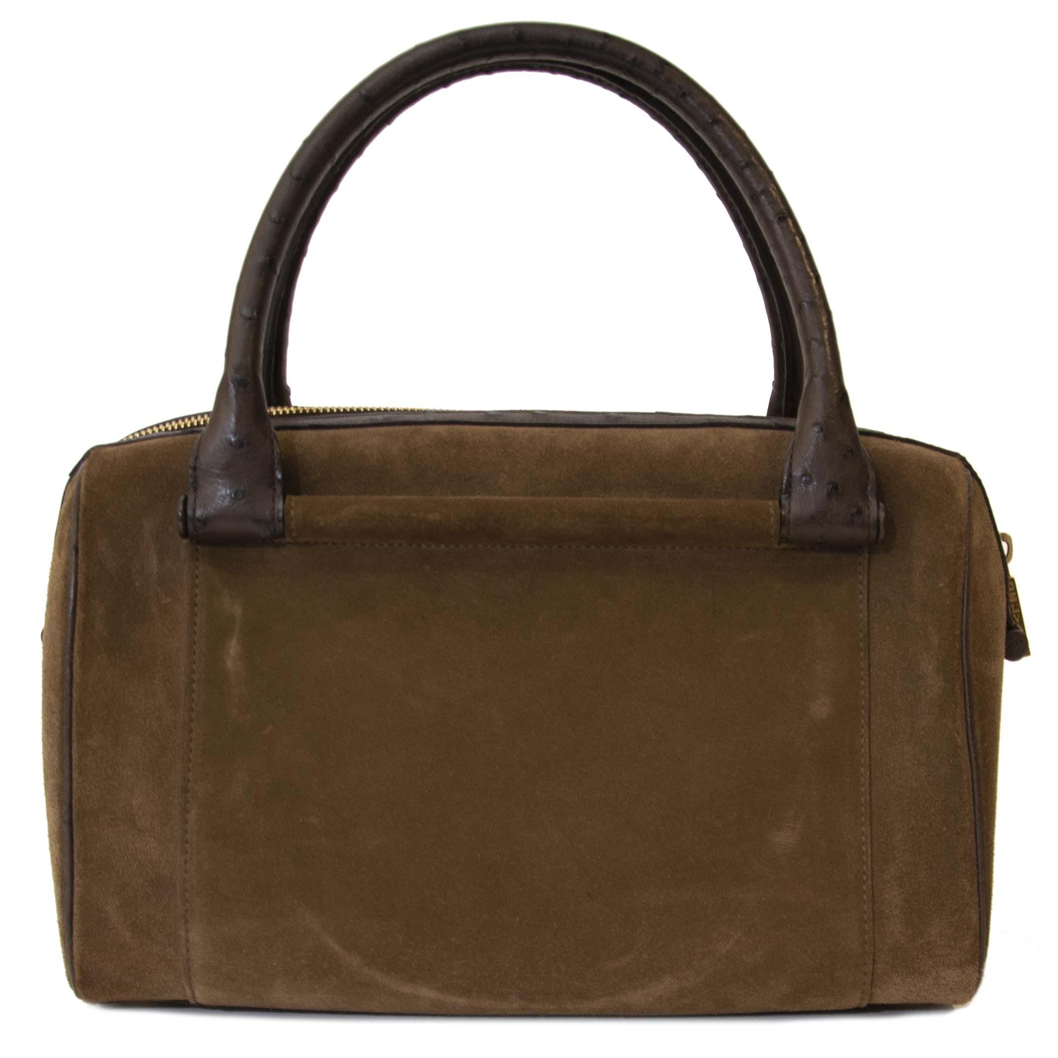 Koop authentieke Delvaux tas aan de juiste prijs bij LabelLOV vintage webshop.