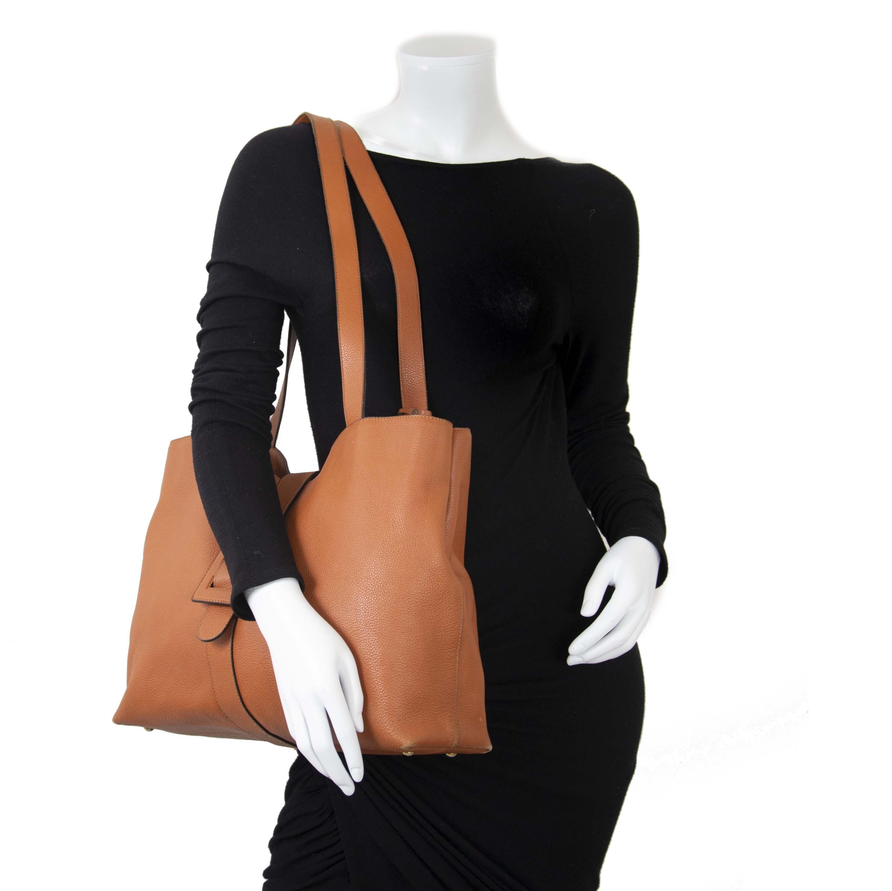 Delvaux Cognac Leather Shopper now for sale at labellov vintage fashion webshop belgium