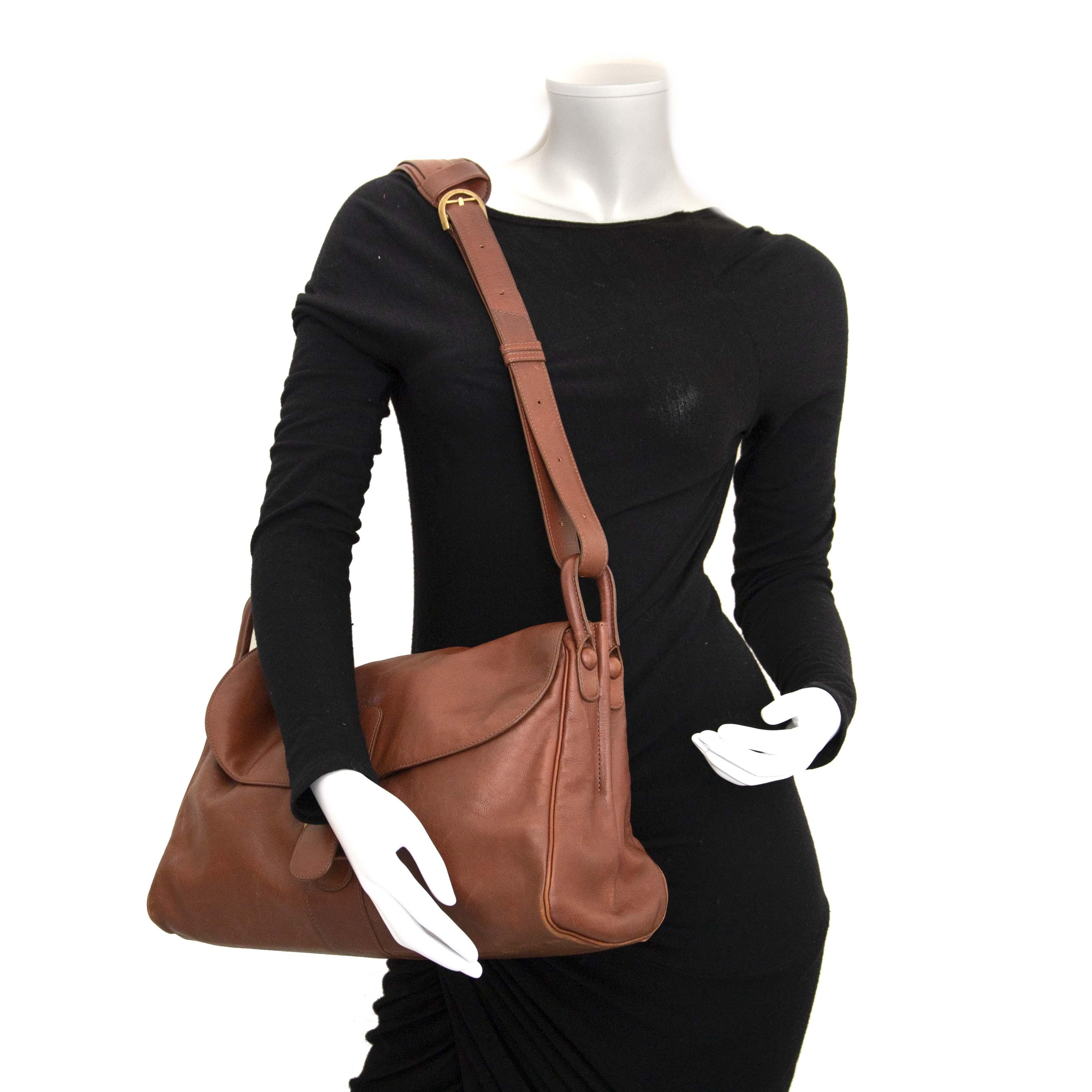 Delvaux Brillant Brown Shoulder Bag kopen en verkopen aan de beste prijs bij Labelov