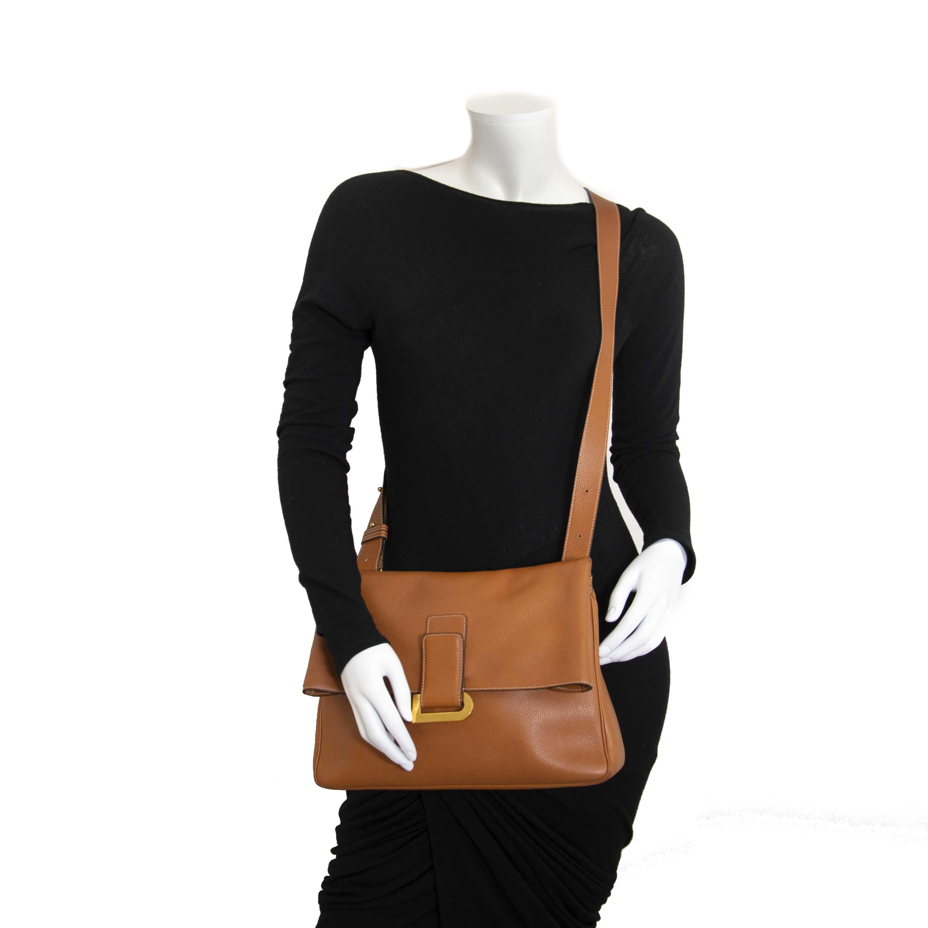 acheter en ligne seconde main Delvaux Cognac Leather Givry Shoulder Bag
