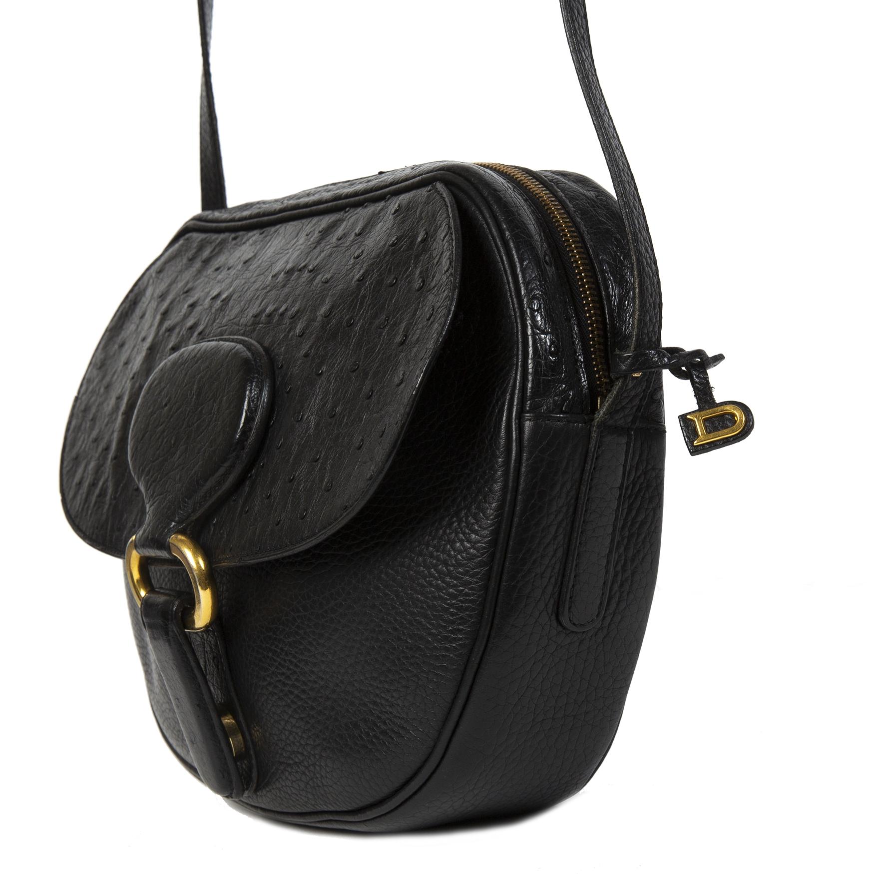 Authentieke tweedehands Delvaux Black Crossbody Bag Ostrich juiste prijs veilig online winkelen LabelLOV webshop luxe merken winkelen Antwerpen België mode fashion