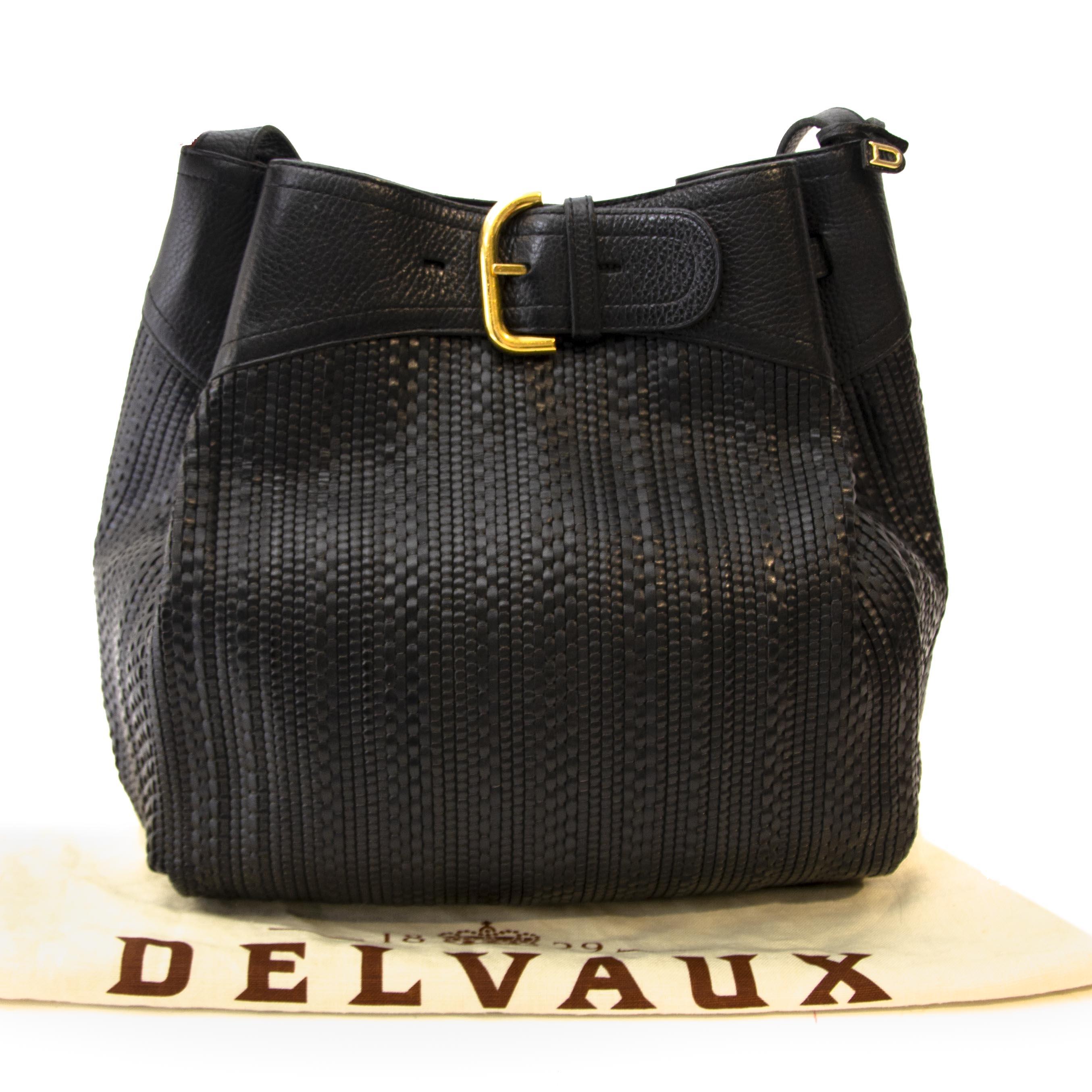 095fb8d3b560 Antwerp Online webshop Vintage Delvaux Toile de cuir bag at Labellov.  Webshop with designer handbags