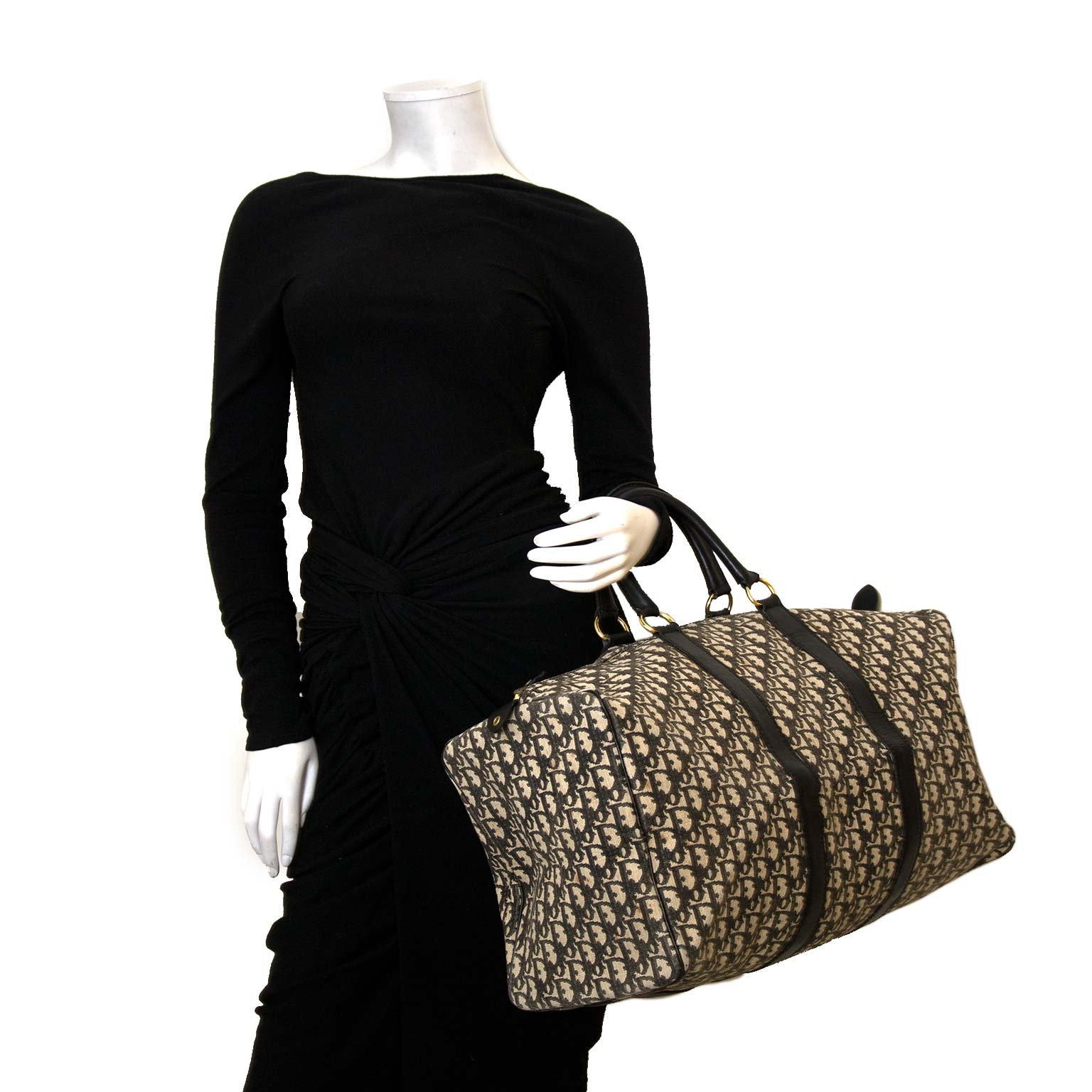 cc87dadf5d Buy authentic Dior duffle bags now online at Labellov vintage webshop Koop  authentieke Dior plunjezak nu online bij Labellov vintage webshop