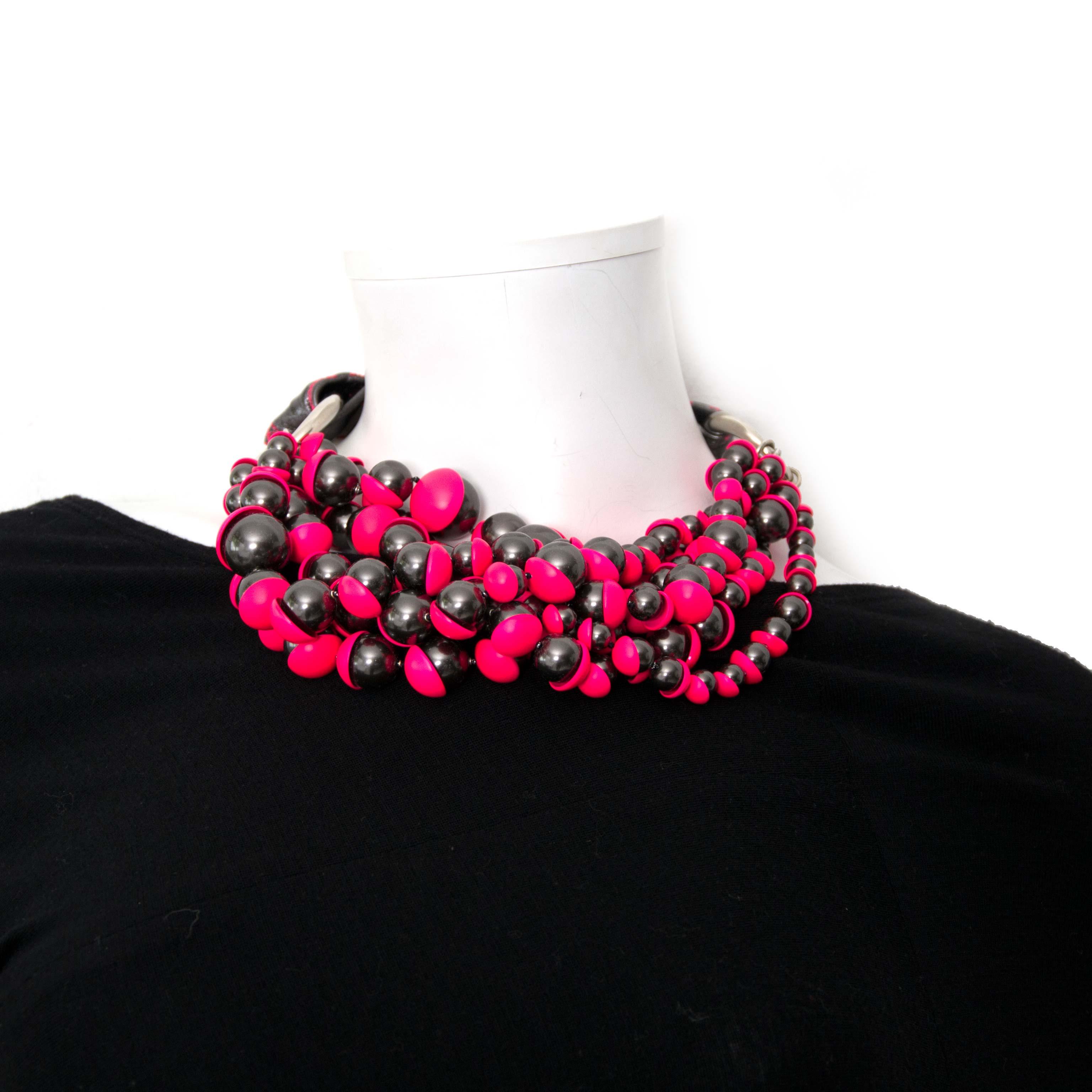 Zilver roze ketting met parels en magnetische sluiting Dior