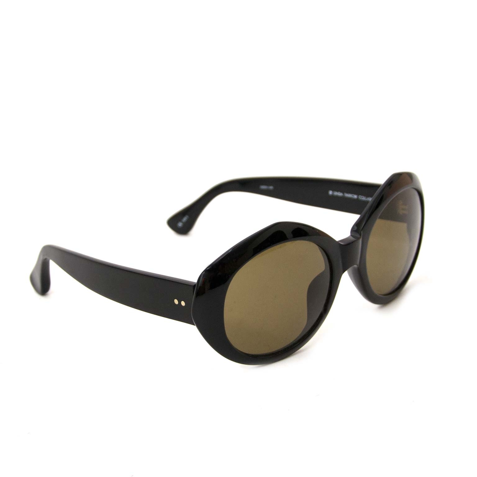 Labellov vintage fashion webshop with Dries Van Noten sunglasses