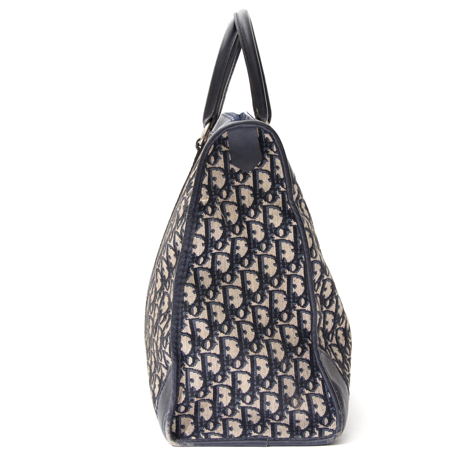 Koop authentieke tweedehands Dior monogram reistassen en koffers bij Labellov