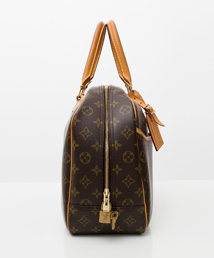 f6118f2b3b80 online webshop labellov biedt de juiste prijs voor tweedehands vintage Louis  vuitton Deauville handtas Antwerpen Belgie Shop authentic second hand  vintage ...