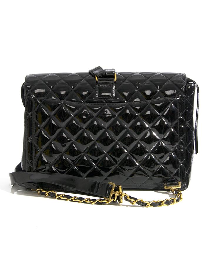 a18c00b9d66641 Chanel Patent Black Jumbo Flap Backpack Bag tweedehands chanel jumbo flap  rugzak tas