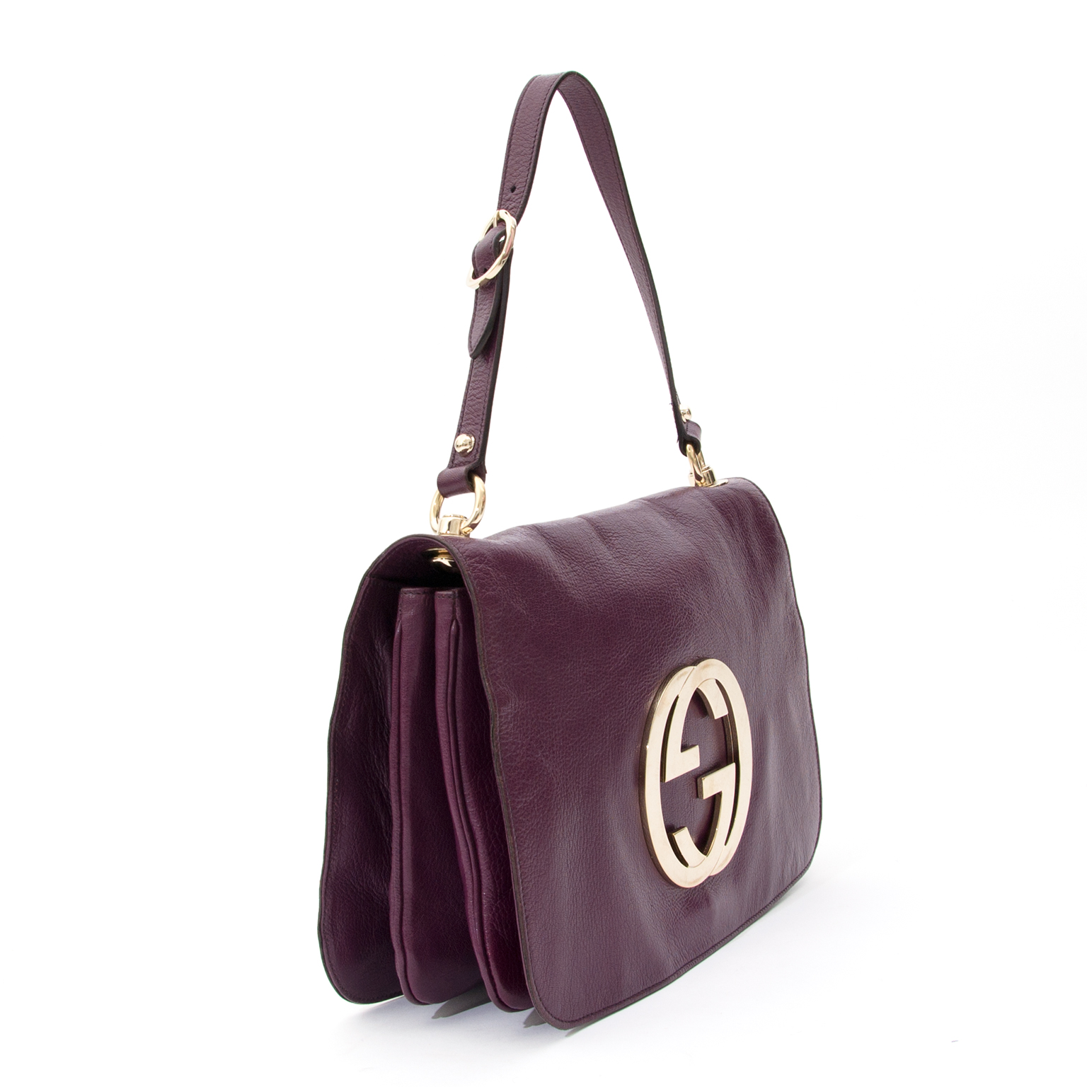 a2ed311e98c ... Preowned Gucci Gold CG Monogram Aubergine Flap Bag. Labellov provides a  platform to buy and