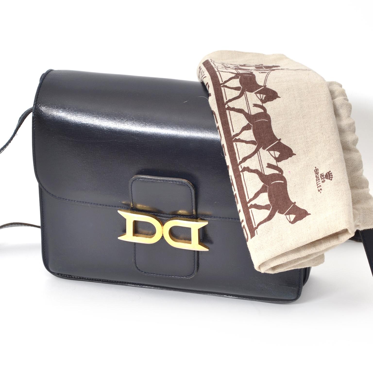 ... koop snel en veilig tweedehands Delvaux Dark Blue Bourgogne Shoulder Bag  boetiek België, antwerpen ab1b61b1b71
