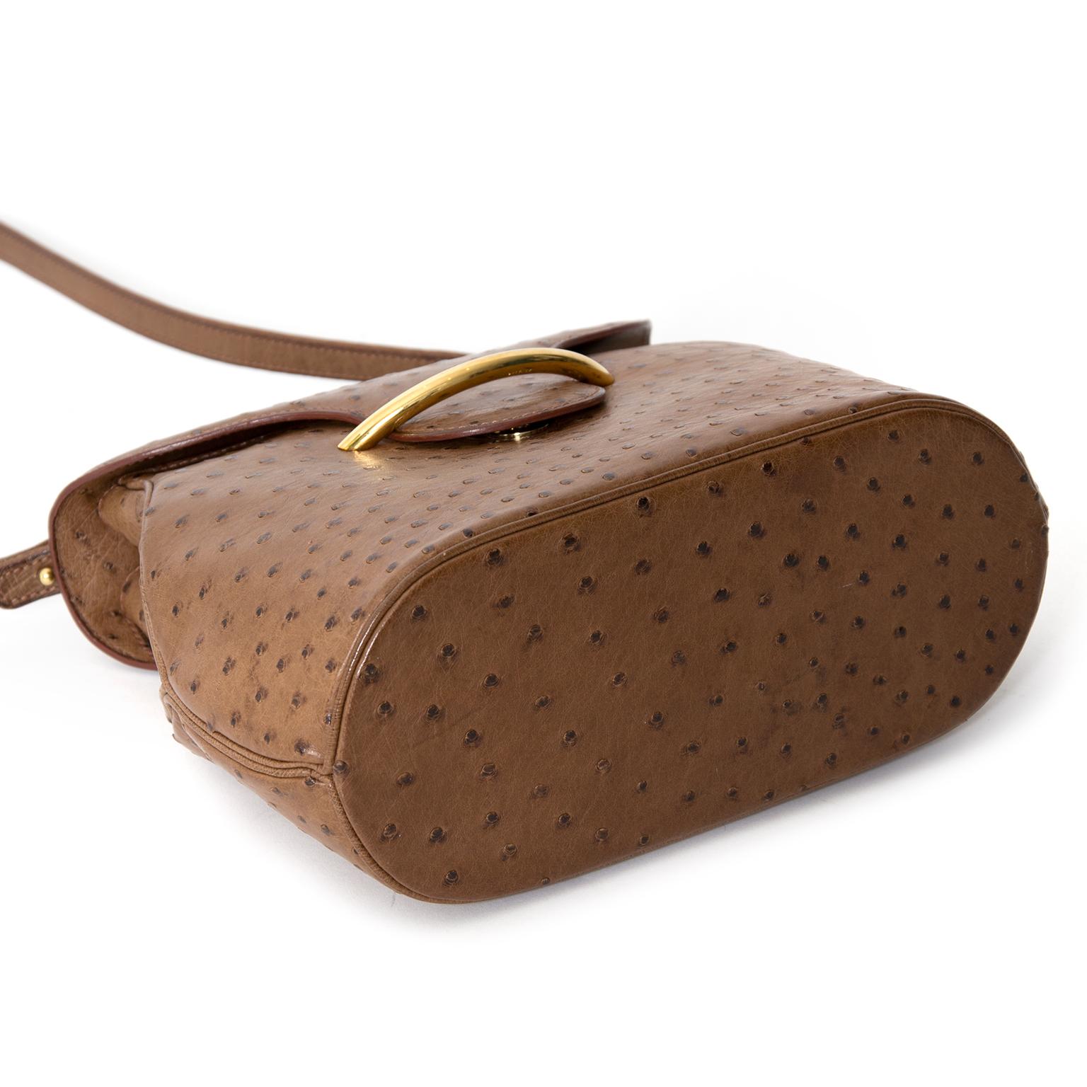Acheter en ligne au LabelLOV ce sac à main shop online secondhand authentic designer vintage