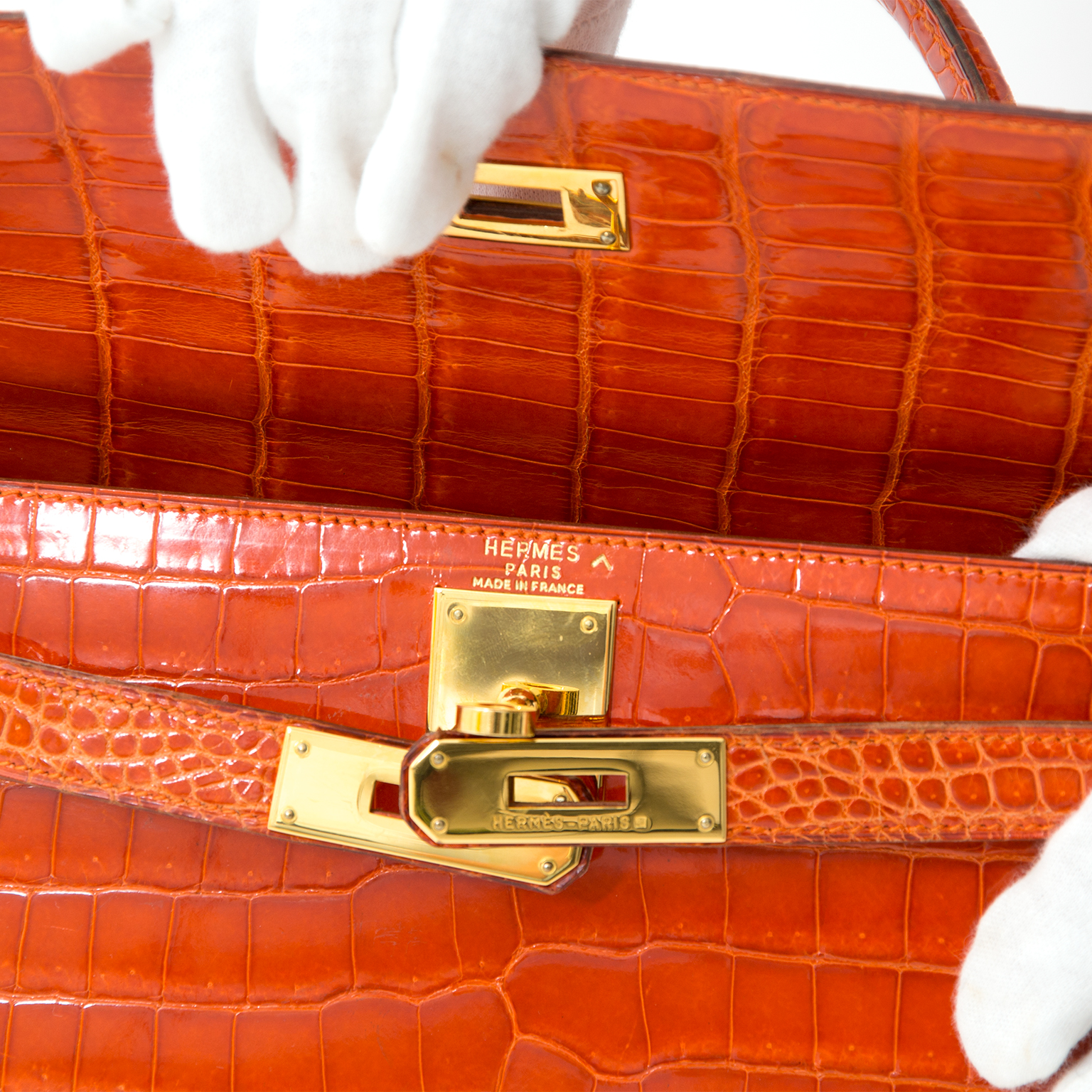 Preowned Hermès Kelly 29 Rouge Agathe Crocodile Porosus GHW With Strap