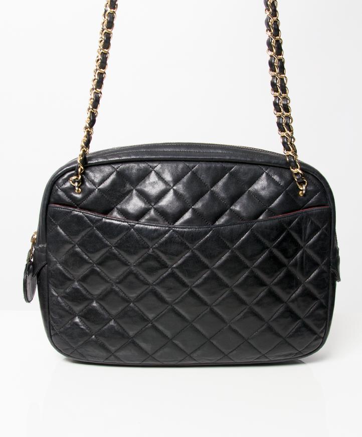 ceafca9fef3 tweedehands vintage Chanel handtassen kleding chanel juwelen te koop bij  labellov webshop antwerpen belgie chanel leather shoulder bag wallet luxury  brands ...