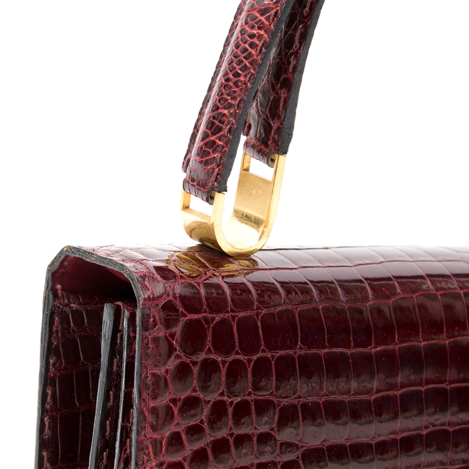 ... Delvaux Burgundy Croco Shoulder Bag For more vintage preloved or new  luxury handbags 19e50f389c9a6