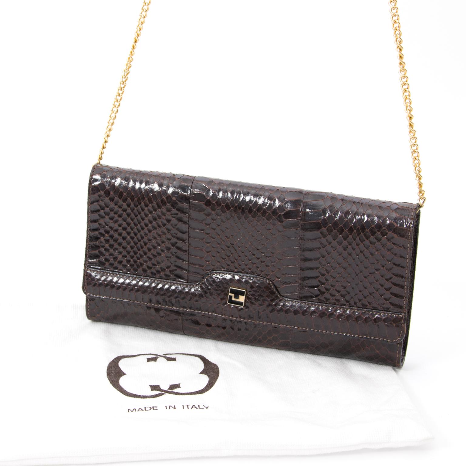 16371a2b4 ... Vintage Brown Croco Clutch handtasje. authentiek tweedehands veilig  online shoppen winkelen online webshop LabelLOV Antwerpen