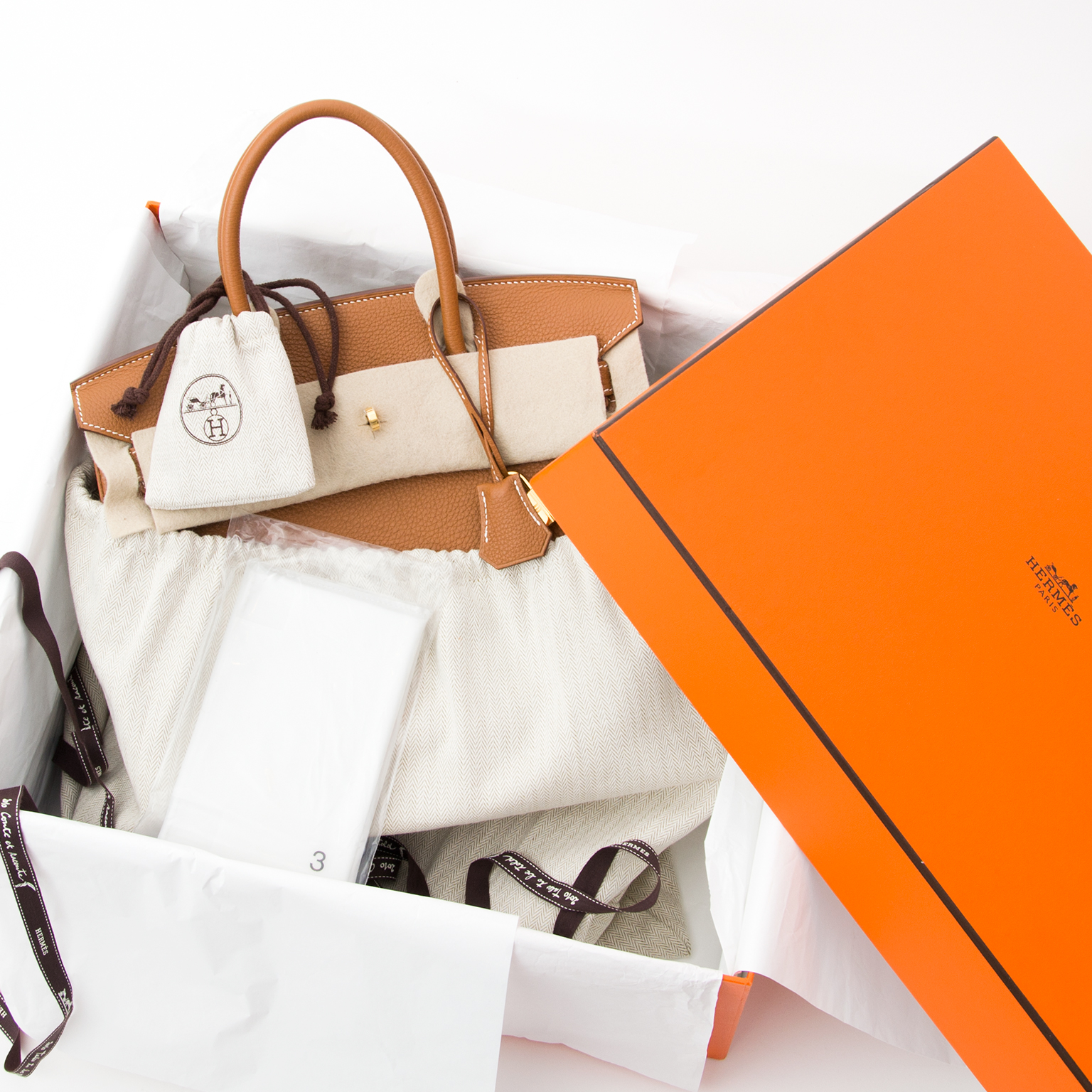 14fef70f1e93 Buy authentic secondhand Hermès bags at the right price Fresh from the  Hermès store