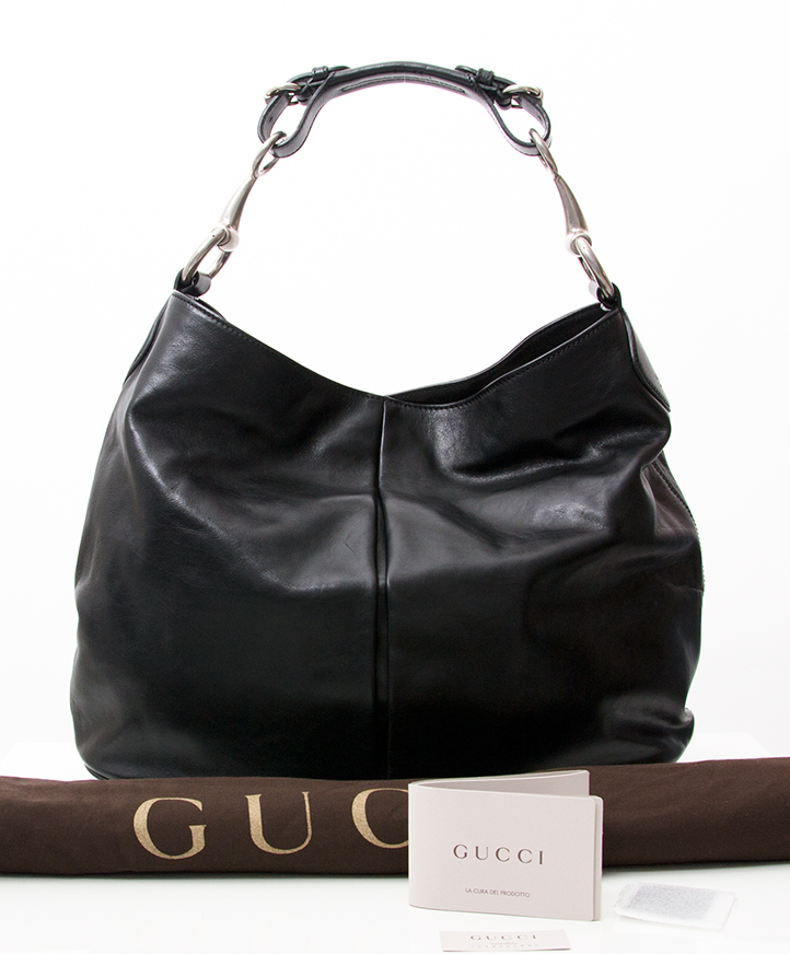 7395037be ... Buy authentic secondhand designer vintage gucci handbag at the right  price at LabelLOV online vintage webshop