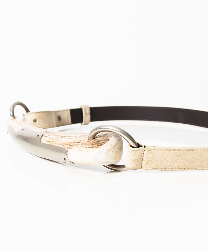 YSL Off-white Leather Mombassa Horn Belt. Features an antelope horn section with silver detailing and silver hardware links and hoops.