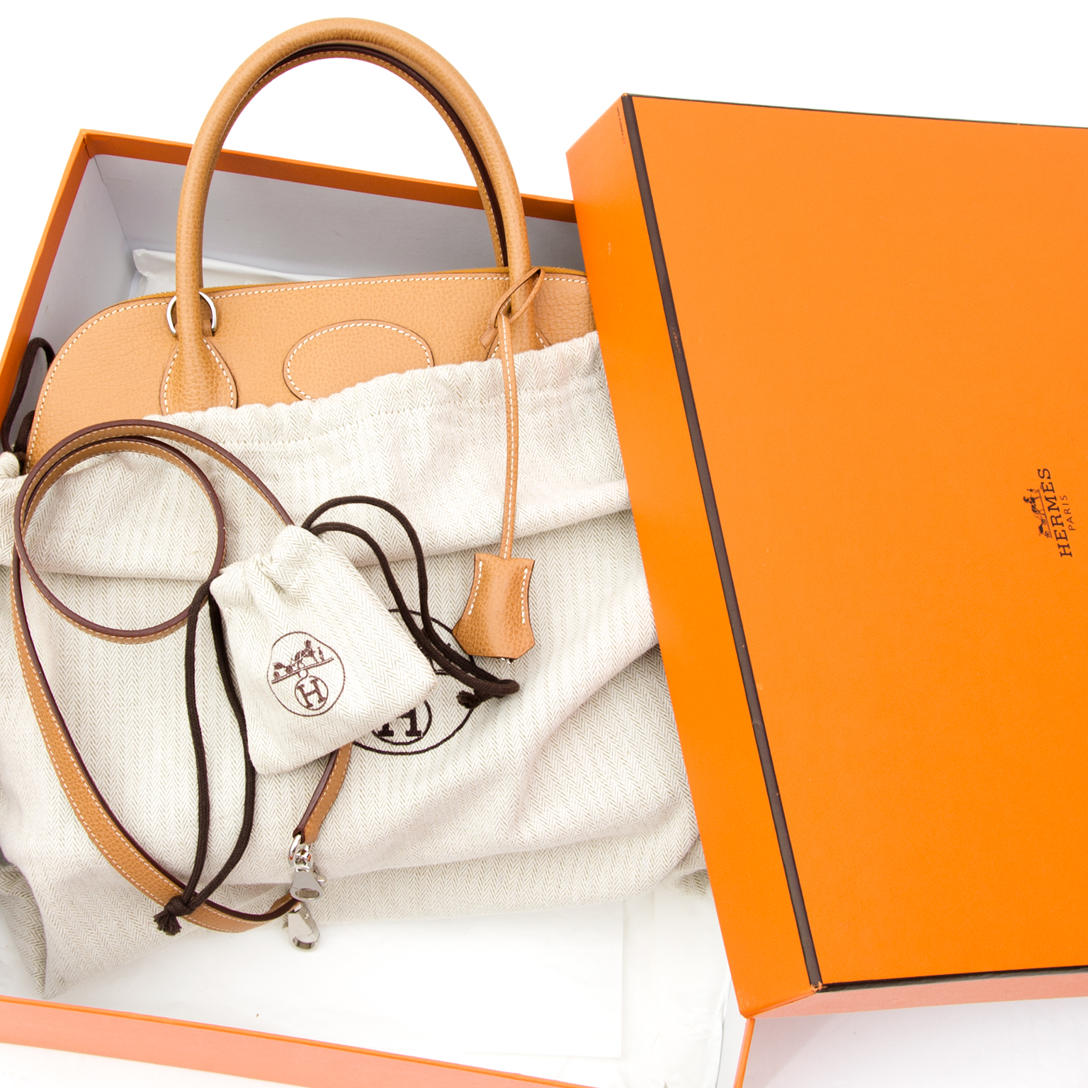 12555f639b25 Shop safe online secondhand Hermes bolide 31 Natural Vache Liegee like new