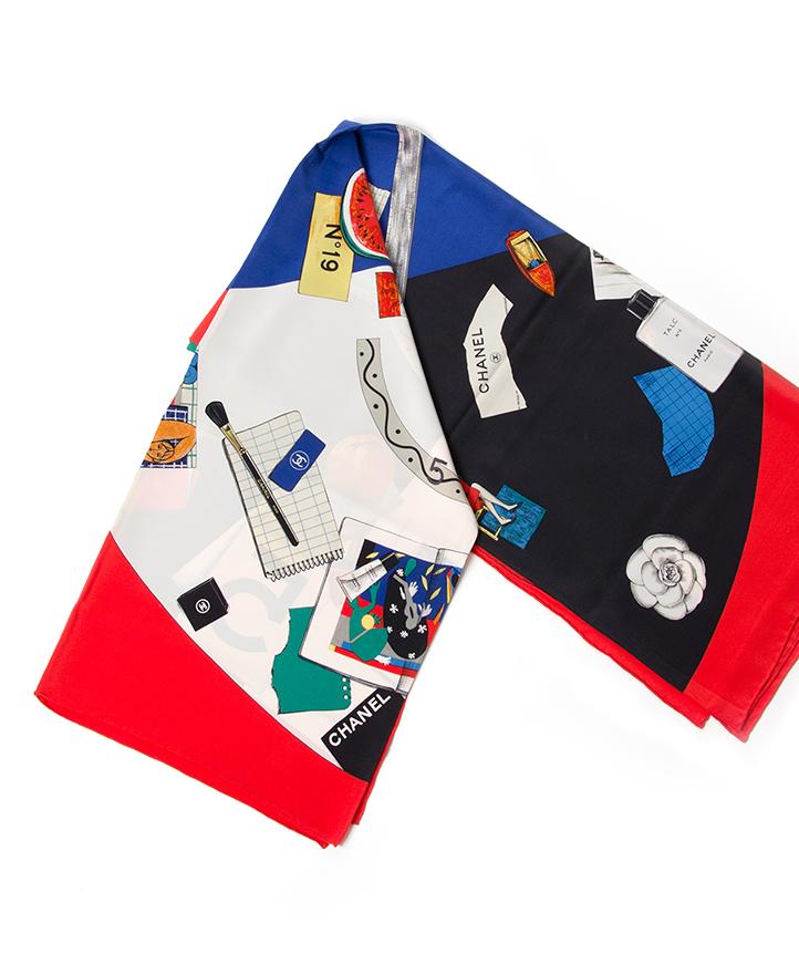 acheter enligne seconde main echarpe Chanel pour le meilleur prix , comme neuf site en ligne labellov