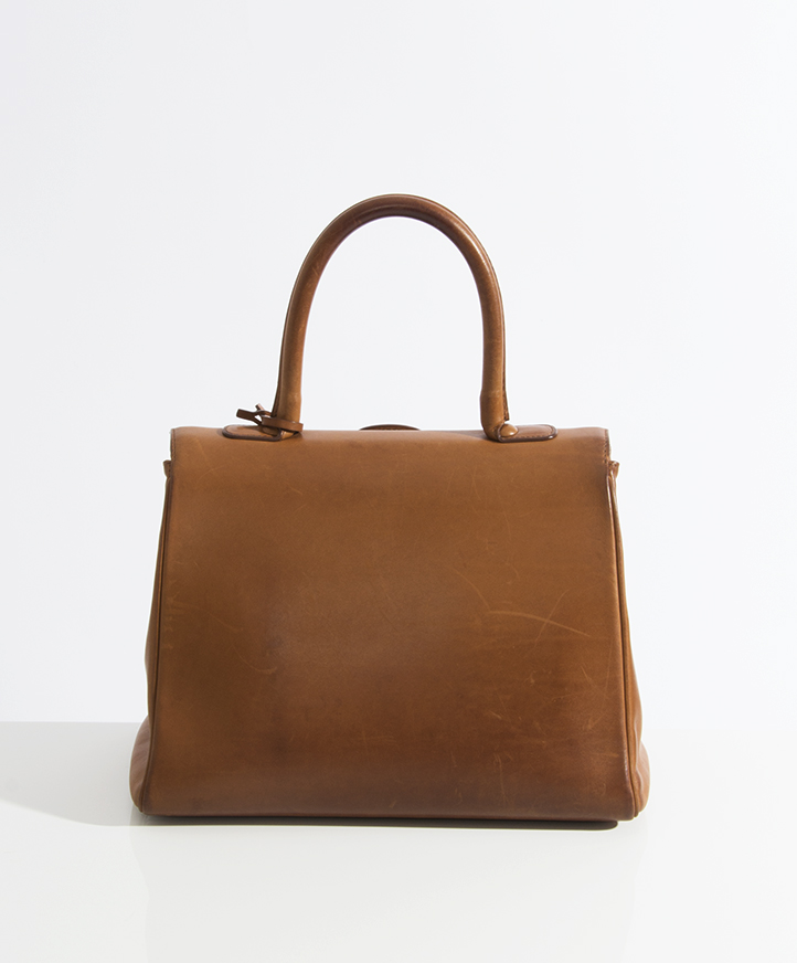 0a8adba56a7 tweedehands Delvaux Brillant Cognac bridon leder tweedhands authentieke  delvaux brillant mm te koop bij labellov kleur cognac bruin