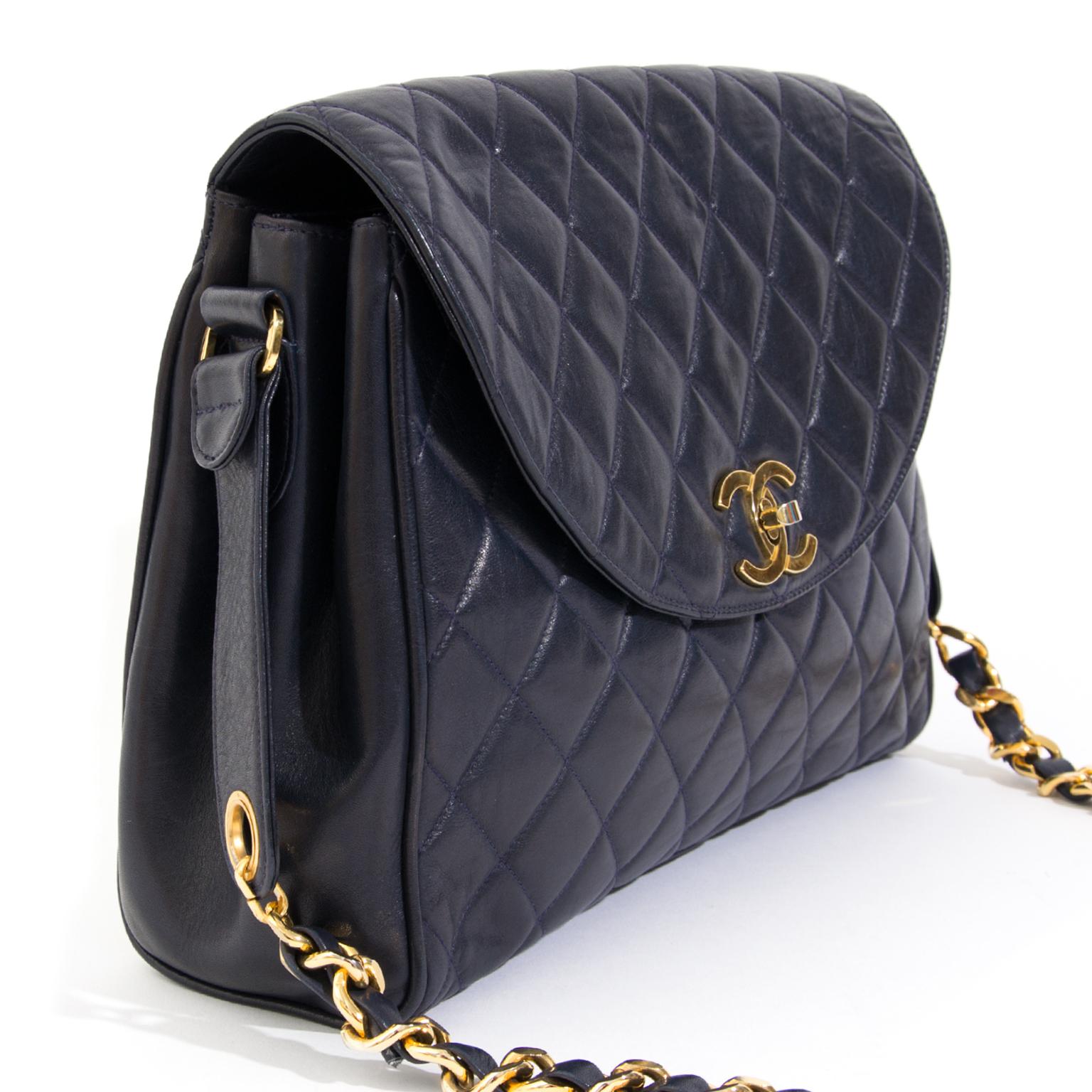 aa0c86c75136 ... classic flap bag aan de beste prijs webshop labellov acheter enligne  seconde main sac a main chanel handbag golden chain pour le meilleur prix