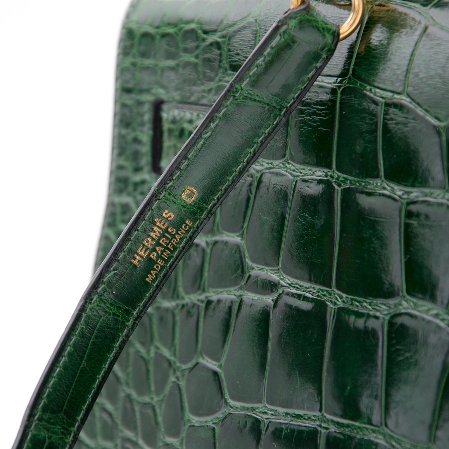 Hermes Kelly Alligator Lisse Vert Emerald 32 koop veilig en snel online tweedehands Hermes Kelly net als nieuw beste prijs 100% echt