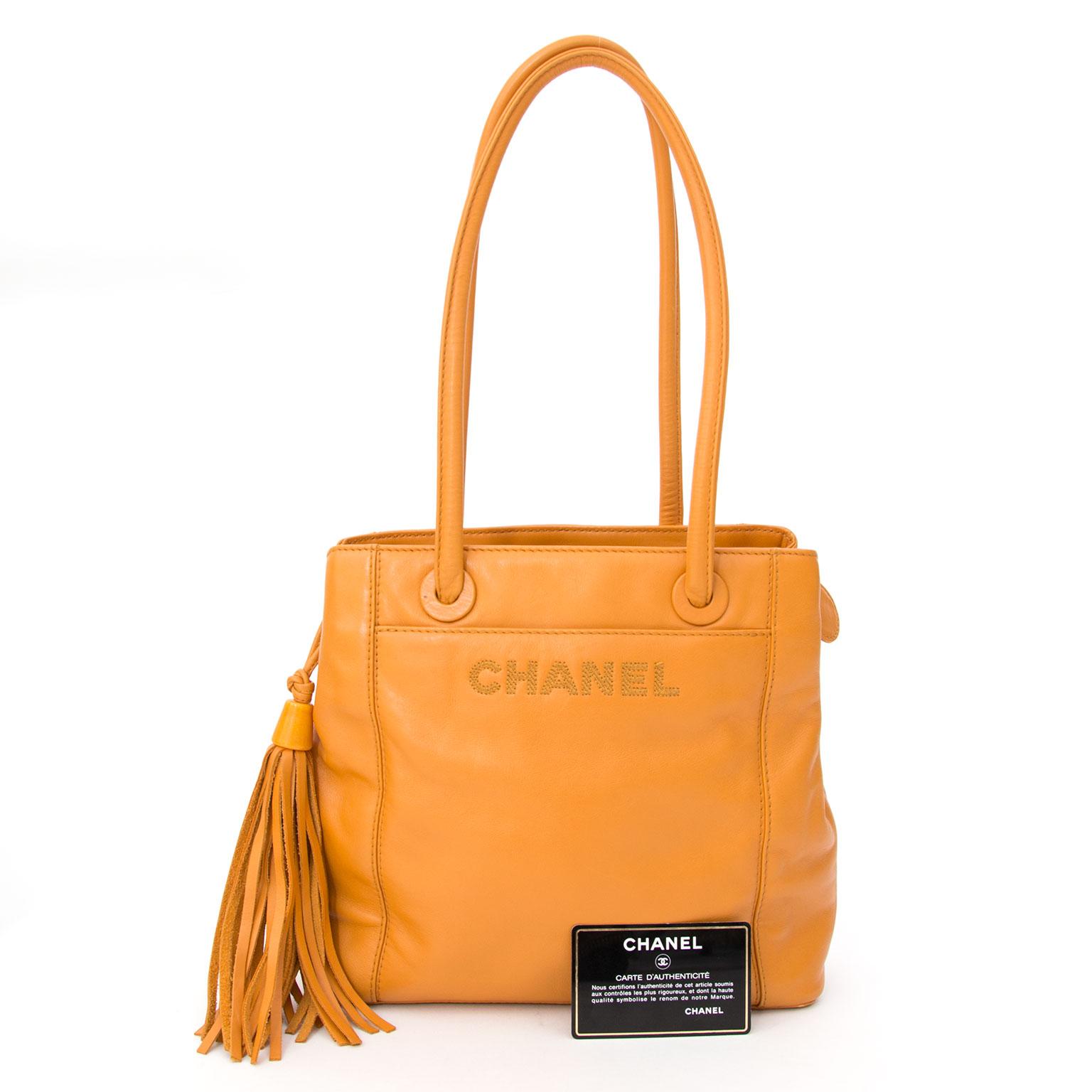 0abe28310c57 Chanel Tassel Handbag Orange. Veilig online winkelen bij LabelLOV vintage  webshop.