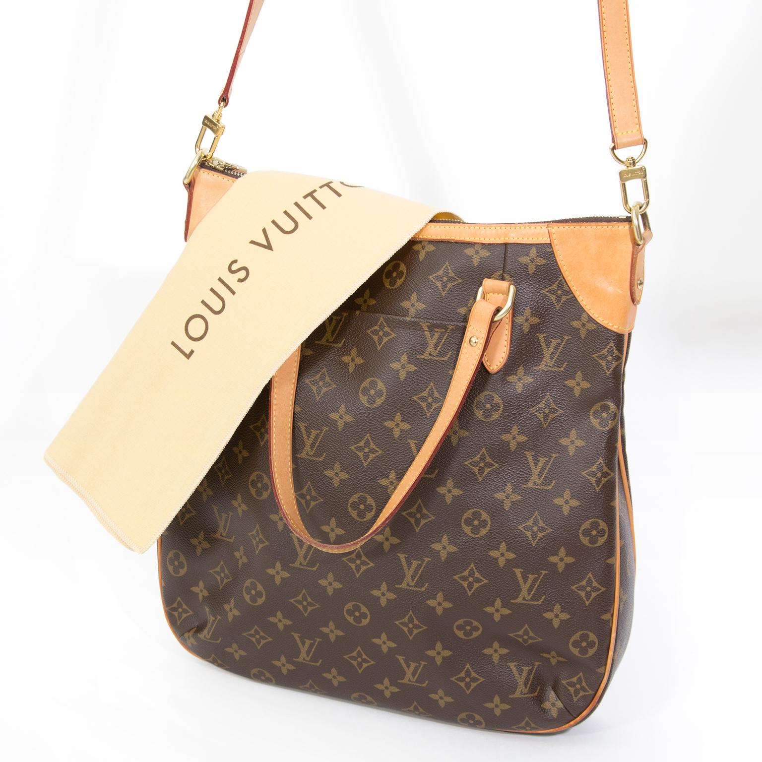 555653f2ba9c ... labellov acheter en ligne seconde main sac a main louis Vuitton pour le  meilleur prix site en