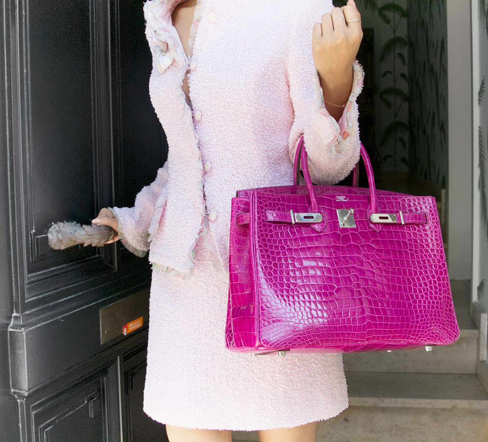 ... Exquisite Hermès Birkin bag in precious crocodile Porosus hide with  brillant shine. Color  Rose 44cf69e00d7b5