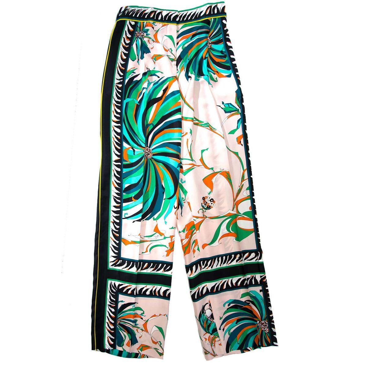 Koop authentieke tweedehands Pucci pantalons aan een eerlijke prijs bij LabelLOV. Veilig online shoppen.