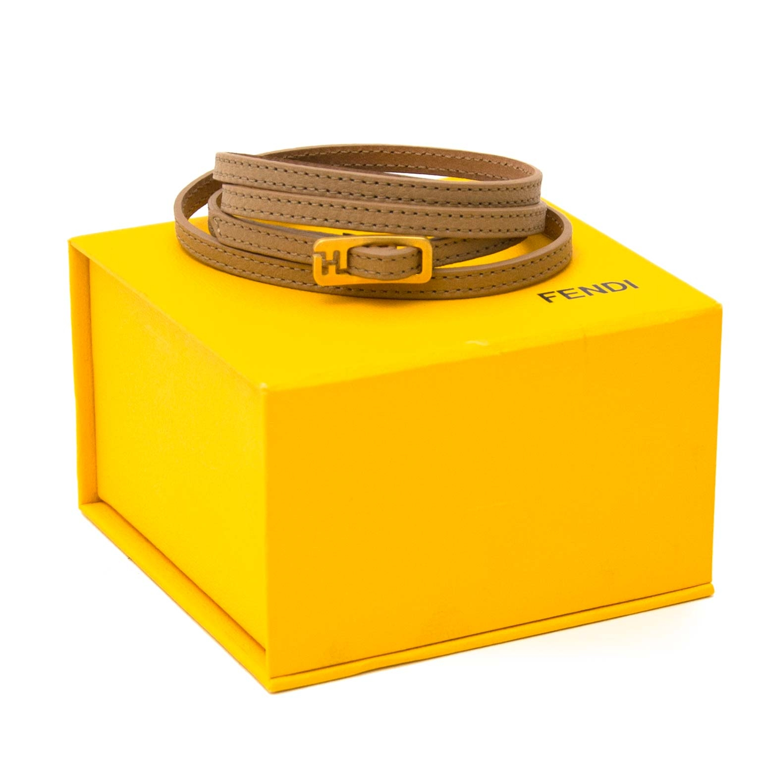 fendi beige leather bracelet now for sale at labellov vintage fashion webshop belgium