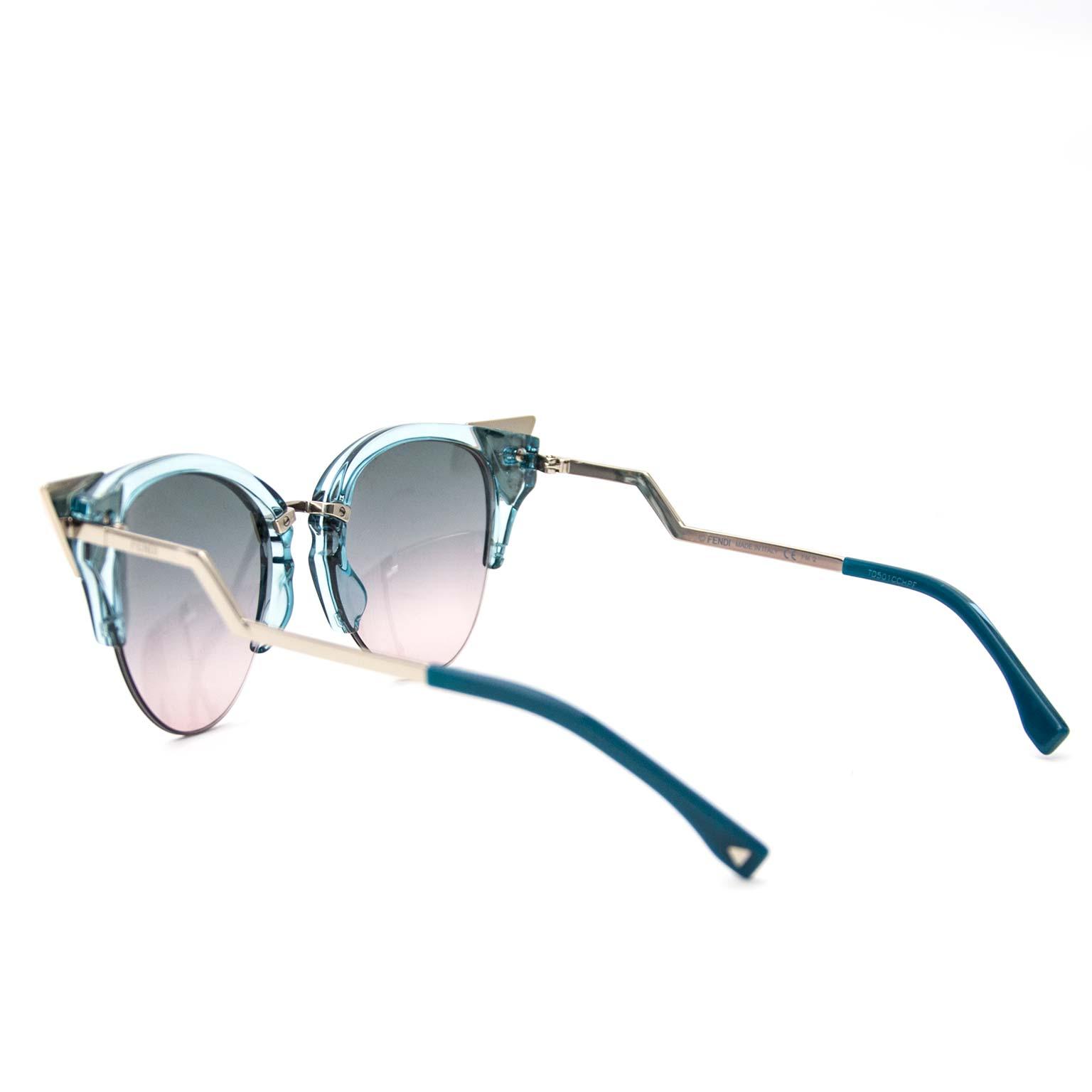 acheter en ligne pour le meilleur prix Fendi Blue Iridia Sunglasses