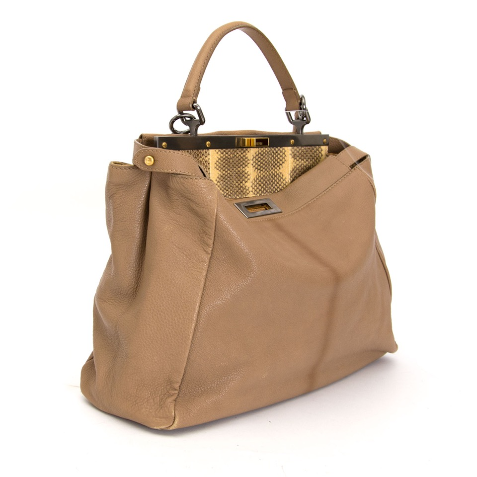 shop safe online at the best price second hand designer Fendi Sand Ombre Peekaboo