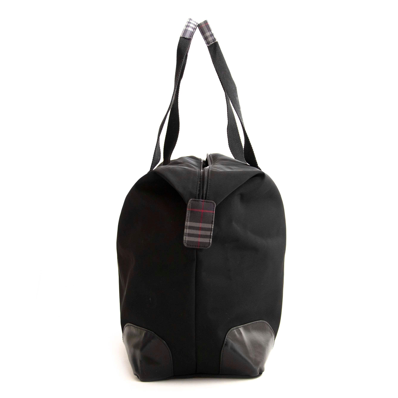 Koop veilig online tegen de beste prijs Burberry black Large Tote Travel Bag.