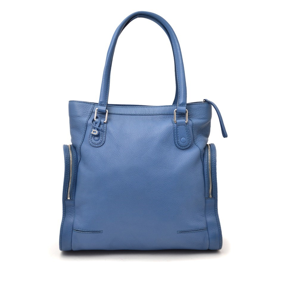 Vintage Delvaux blue tote bag for the best price at Labellov webshop. Safe and secure online shopping with 100% authenticity. Vintage Delvaux bleu sac à main pour le meilleur prix.