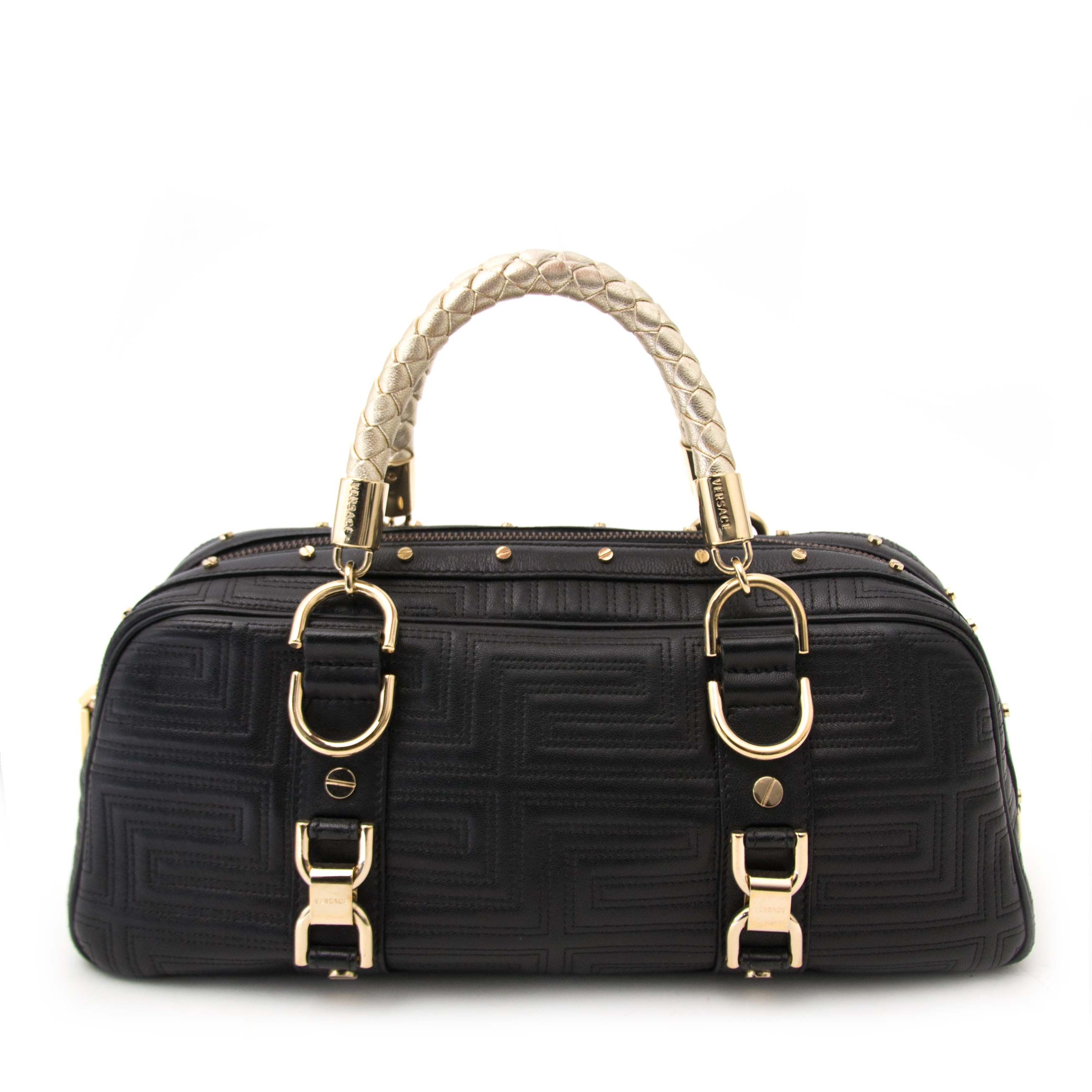 Labellov Buy luxury designer vintage online ○ Buy and Sell ... a4e9e35f4f