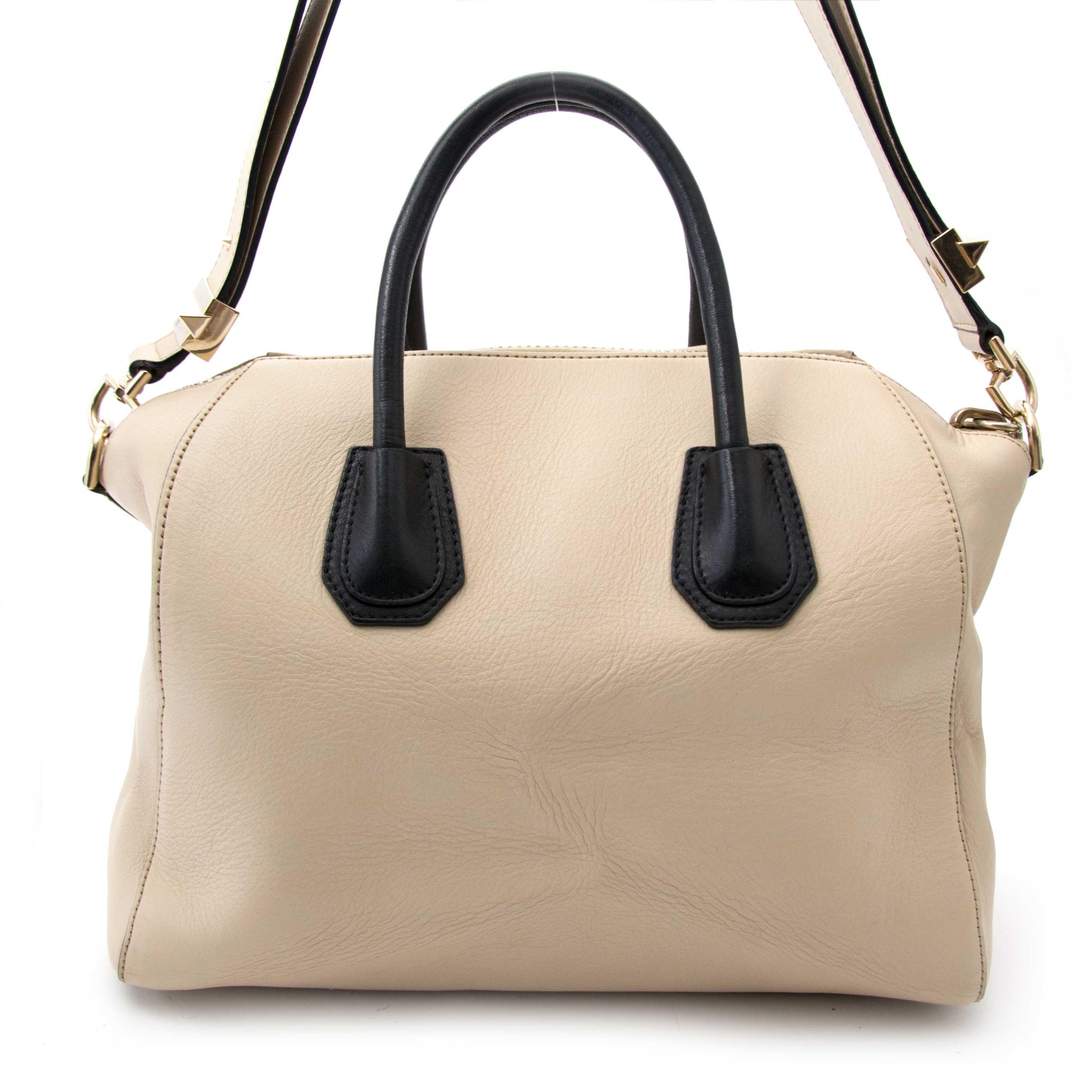 koop veilig online aan de beste prisj Givenchy Antigona Small Leather Tote Bag