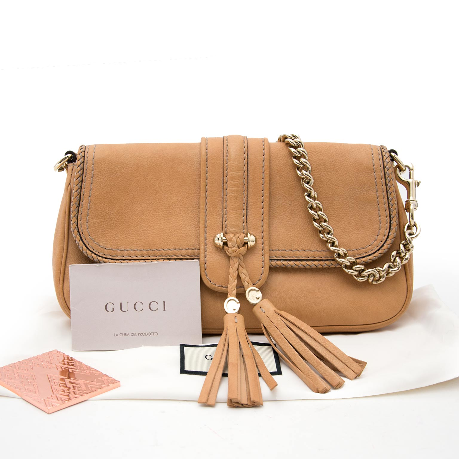 shop your second luxury bag at the best price acheter en ligne pour le meilleur prix sac a main Gucci Nude Woven Detailed Clutch