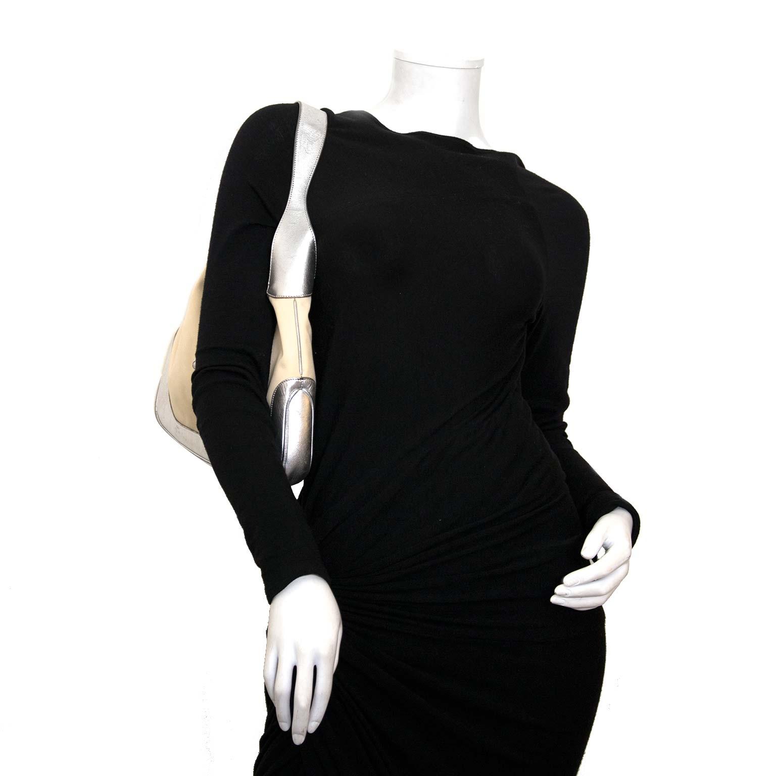 ddb35bb2492d0e buy gucci silver jackie shoulder bag at labellov vintage fashion webshop  belgium koop gucci zilver jackie schouder tas nu bij labellov vintage mode  webshop ...