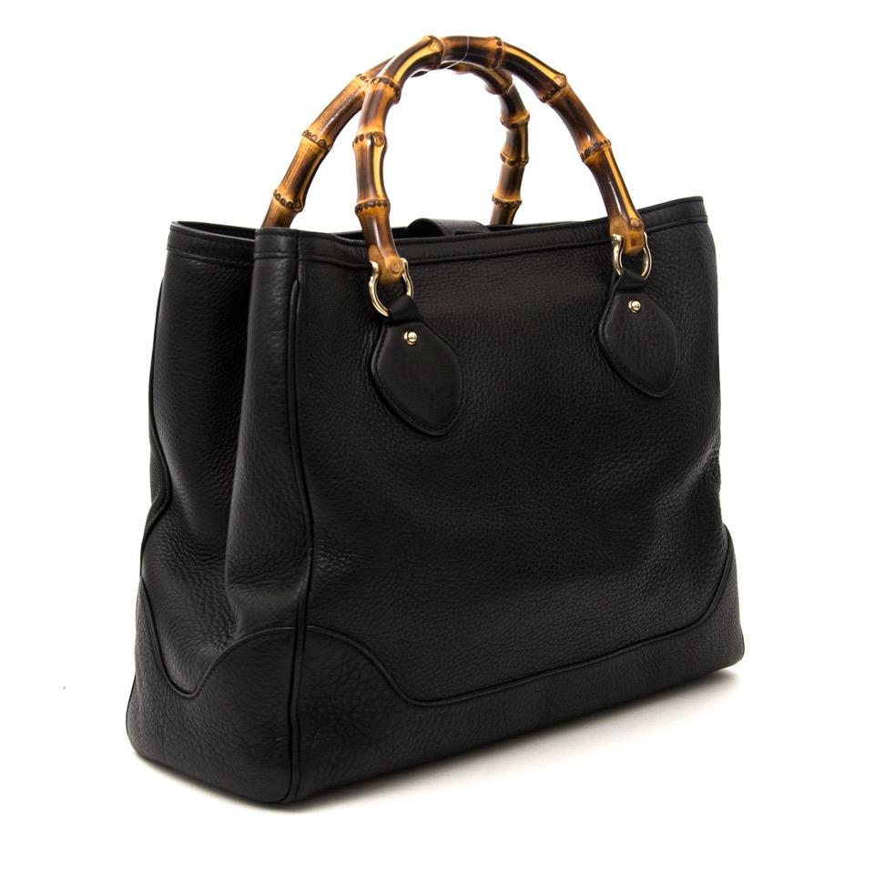 e251a837f Acheter secure en ligne des sacs à mains Gucci Medium  Diana  Bag avec  Labellov