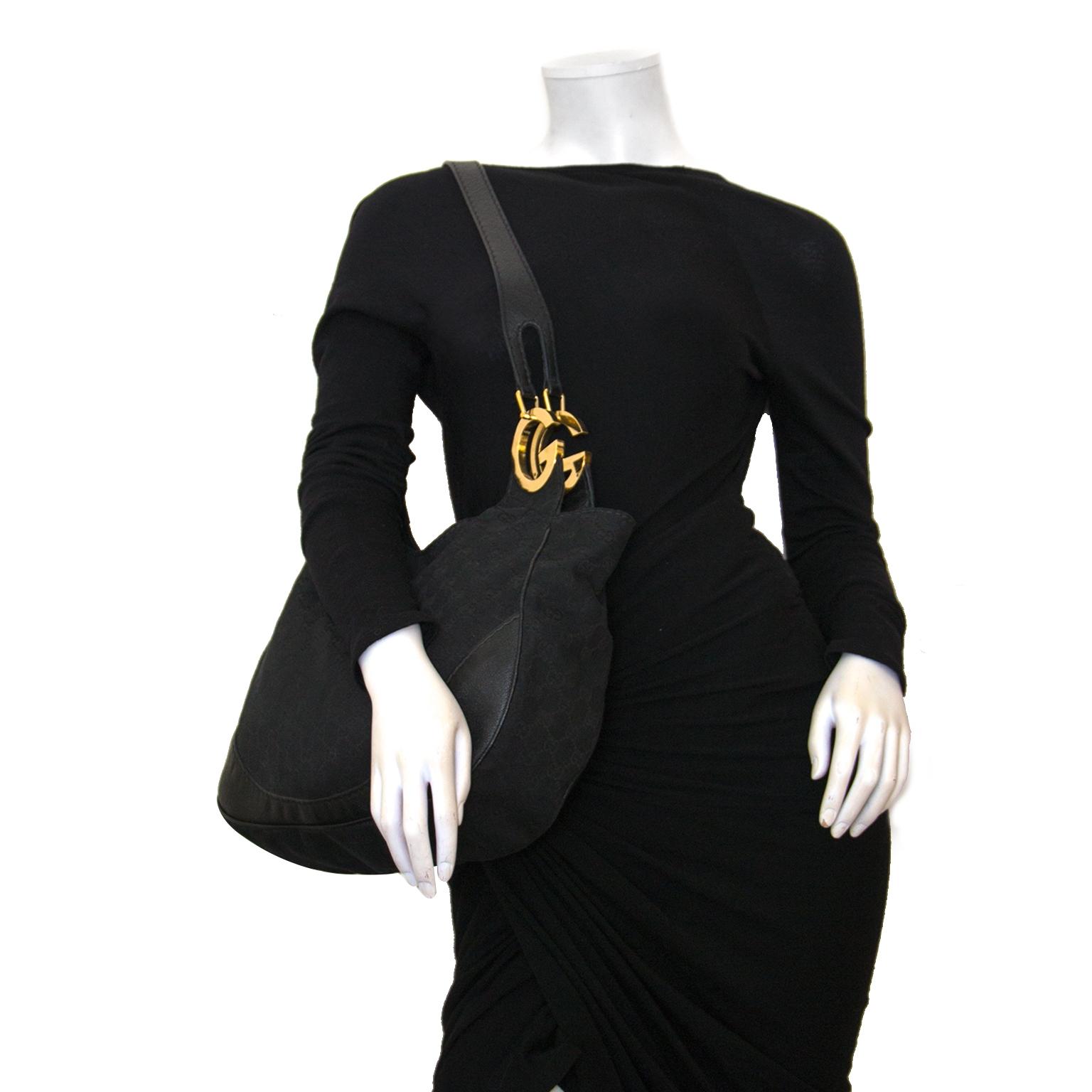 2dd400d7b146fe ... bag now online at labellov vintage fashion webshop belgium Koop  authentieke gucci charlotte black hobo tas bij labellov vintage mode webshop  belgië