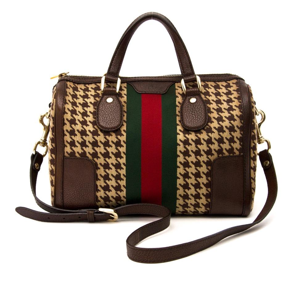 Op zoek aan een authentieke Gucci Boston Web Monogram Bag? Surf naar Labellov Designer Vintage