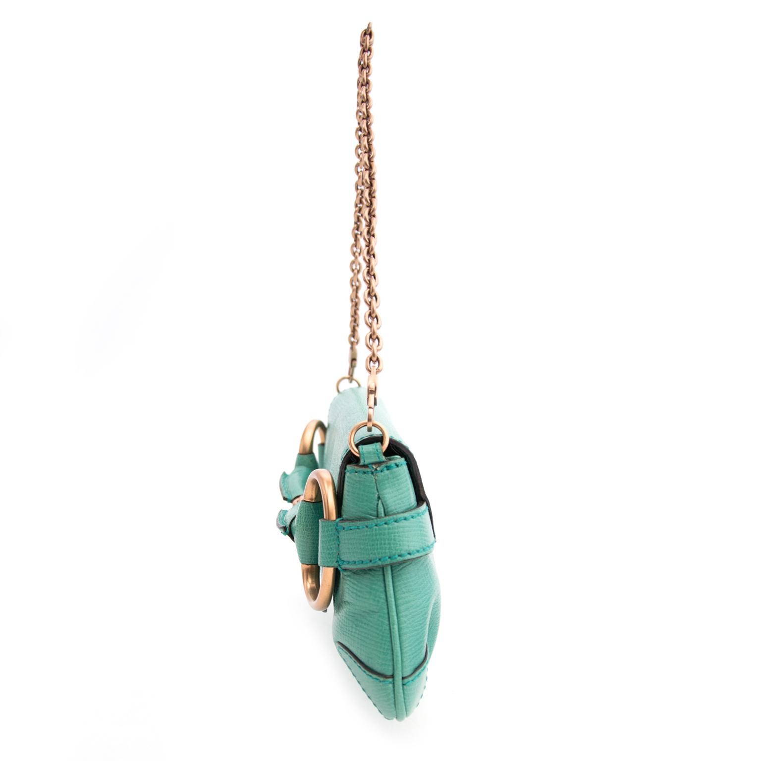 opzoek naar een tweedehands merk handtas ? Gucci Green Horsebit Clutch