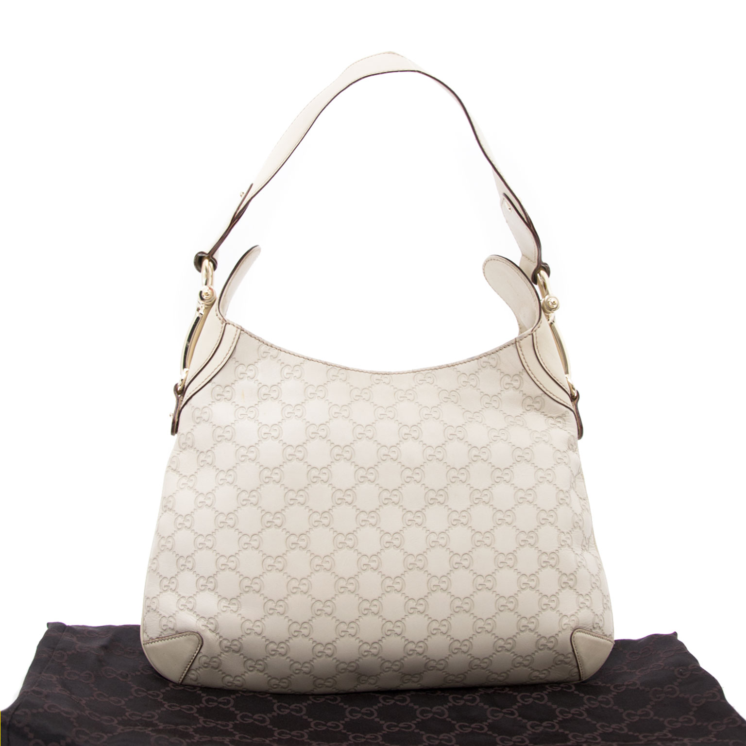 buy safe and secure online at labellov.com for the best price gucci cream monogram horsebit bag
